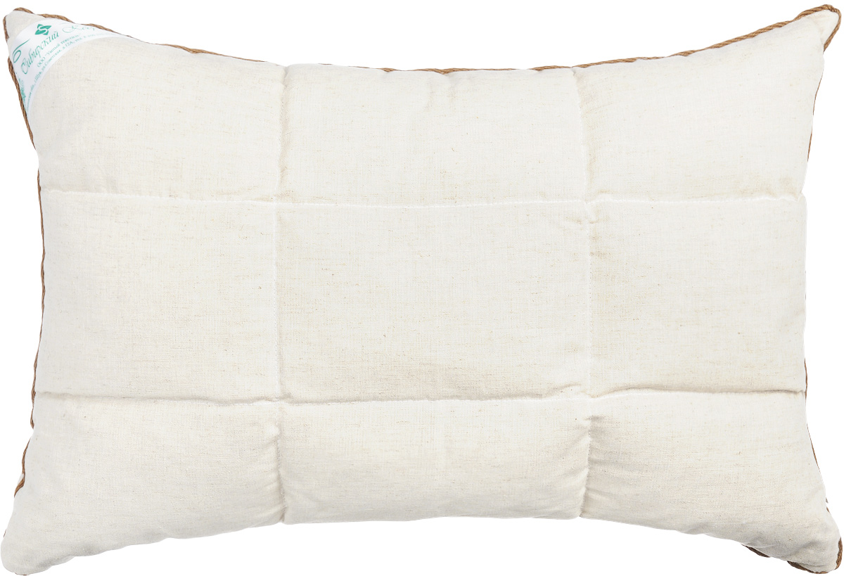 Подушка Smart Textile Уральская, наполнитель: пленка ядра кедрового ореха и искусственный лебяжий пух, 40 х 60 смPLW-35 АППодушка Smart Textile Уральская подарит вам незабываемое чувство комфорта и умиротворения. Чехол выполнен из 100% хлопка, имеет окантовку и застежку-молнию, через которую удобно отсыпать наполнитель, если подушка вам покажется высокой или плотной.Подушка Smart Textile Уральская имеет два наполнителя, которые разделены на две не смешивающиеся секции. В одной секции подушки наполнитель из пленки ядра ореха сибирского кедра, а в другой лепестки лузги гречихи. Одна сторона подушки простегана. Кедровый аромат благотворно влияет на органы дыхания и обладает антибактериальными свойствами, благодаря фитонцидам - природным активным веществам в своем составе. Так же позволяет укреплять иммунную систему в целом, повышая сопротивляемость организма к простудным заболеваниям. Кедр славиться тем, что восстанавливает силы и энергетический баланс даже после непродолжительного отдыха на такой подушке, успокаивает нервную систему, помогает побороть бессонницу. Во время сна и отдыха нормализуется кровяное давление, снимаются головные боли.Лебяжий пух - это мягкий, воздушный и гипоаллергеный искусственный наполнитель для подушек. В нем не заводятся вредные насекомые, поэтому именно такой наполнитель является оптимальным решением для аллергиков. За таким наполнителем легко ухаживать, даже после многочисленных стирок лебяжий пух не собьется и не потеряет своего объема. Внимание: так как пленка ядра кедрового ореха природный наполнитель, то подушке категорически противопоказана влага, поэтому при уходе стоит учесть, что ее необходимо регулярно просушивать. Так же допускается появление небольших масленых пятен на основном напернике в силу структуры наполнителя.Не рекомендуется ручная и машинная стирка, только химчистка. Сушить горизонтально.Рекомендуемые условия эксплуатации: Температура от 0°С до +25°С, влажность не более 60%.Материал чехла: 100% хлопок.Наполнитель: 50%