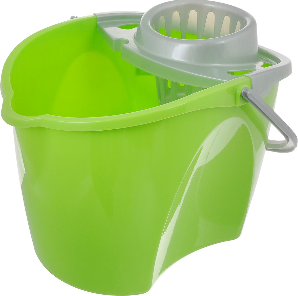 Ведро Paclan Green Mop с отжимом, 12 лES-412Ведро с отжимом Paclan Green Mop, изготовленное из высококачественного прочного пластика, оснащено съемной вставкой для отжима швабры и удобной ручкой для переноски. Такое ведро пригодится в каждом доме, а стильный дизайн сделает его желанным для любой хозяйки.