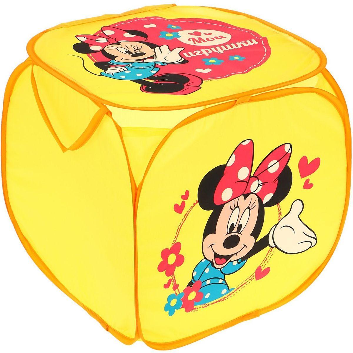 С Disney уборка веселей! Квадратная корзина с героями любимого мультфильма приведёт ребёнка в восторг: малыш сам будет прибирать игрушки без лишних напоминаний! Изделие дополнено двумя ручками, за которые куб можно подвесить или перемещать с места на место. Крышка с красочным изображением известного персонажа Disney защитит содержимое корзины от пыли и других загрязнений.