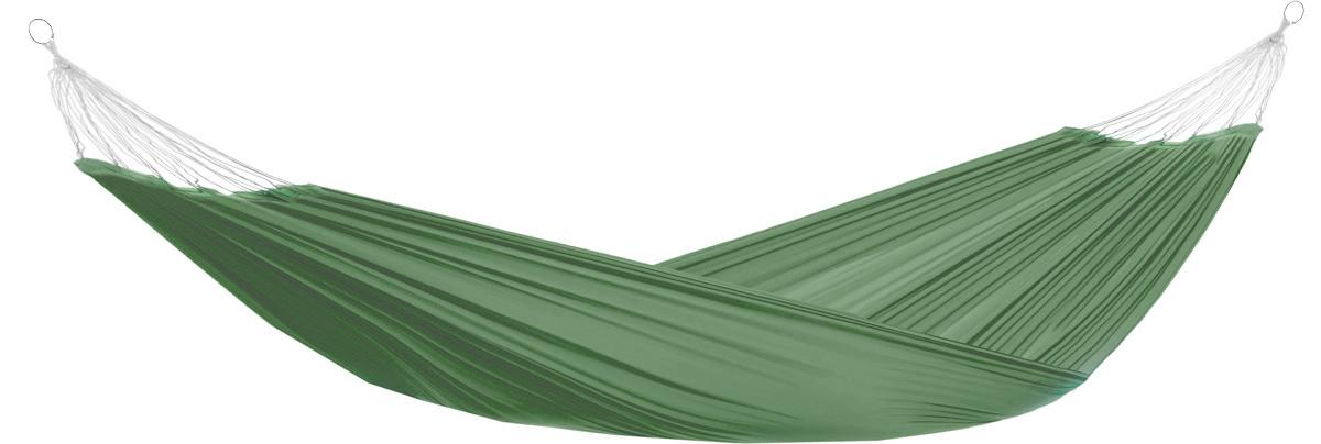 Гамак Eva, на кольцах, цвет: темно-зеленый, 145 х 200 см70662Прочный гамак на кольцах Eva, изготовленный из высококачественного полиэстера, внесет дополнительный комфорт в ваш отдых на даче, в походе или на пикнике.Дача, лето, свежий воздух, отдых после тяжелой работы, возможность побыть наедине с природой, насладиться запахами листвы и цветов, солнечным светом, пробивающимся сквозь кроны деревьев - все эти приятные мысли и эмоции пробуждаются в нас при взгляде на один очень простой предмет - гамак.