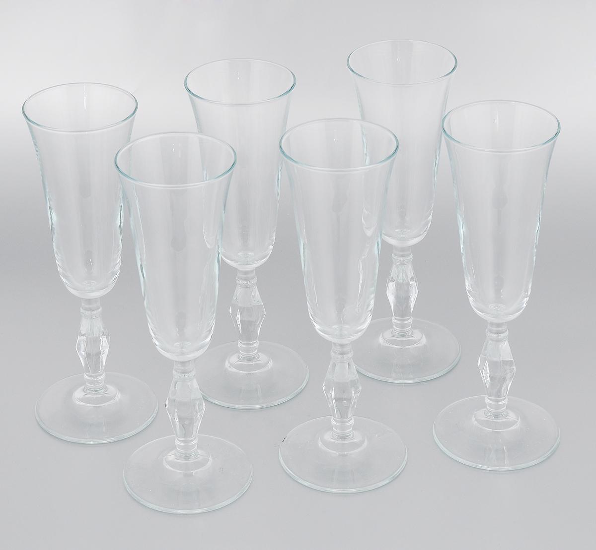 Набор бокалов Pasabahce Retro, 190 мл, 6 штVT-1520(SR)Набор Pasabahce Retro состоит из шести бокалов, выполненных из прочного натрий-кальций-силикатного стекла. Бокалы предназначены для подачи вина или других напитков. Они сочетают в себе элегантный дизайн и функциональность. Набор бокалов Pasabahce Retro прекрасно оформит праздничный стол и создаст приятную атмосферу за романтическим ужином. Такой набор также станет хорошим подарком к любому случаю. Можно мыть в посудомоечной машине.Диаметр бокала (по верхнему краю): 6,5 см. Высота бокала: 21,5 см.