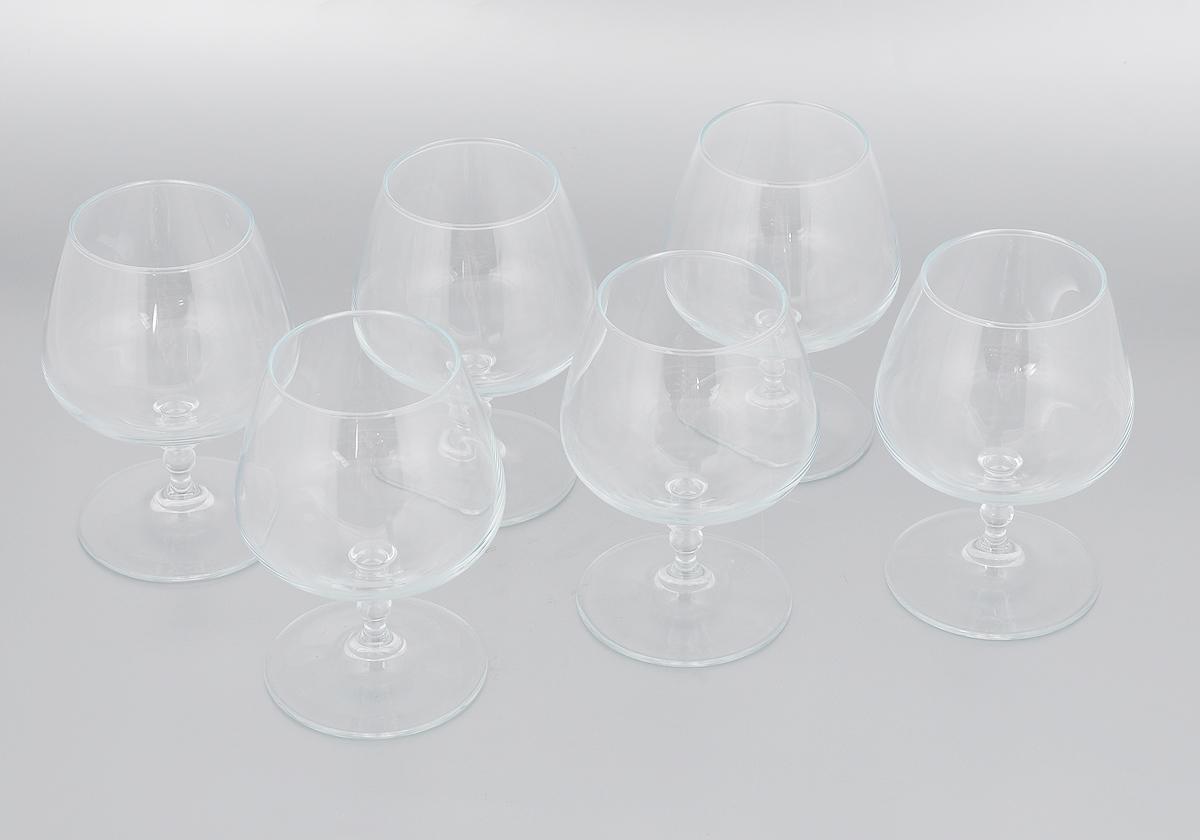 Набор бокалов Pasabahce Vintage, 430 мл, 6 штVT-1520(SR)Набор Pasabahce Vintage состоит из шести бокалов, выполненных из прочного натрий-кальций-силикатного стекла. Изделия оснащены невысокими изящными ножками, отлично подходят для подачи коньяка, бренди и других напитков. Бокалы сочетают в себе элегантный дизайн и функциональность. Набор бокалов Pasabahce Vintage прекрасно оформит праздничный стол и создаст приятную атмосферу за ужином. Такой набор также станет хорошим подарком к любому случаю. Можно мыть в посудомоечной машине.Диаметр бокала по верхнему краю: 5,5 см. Высота бокала: 13,5 см.