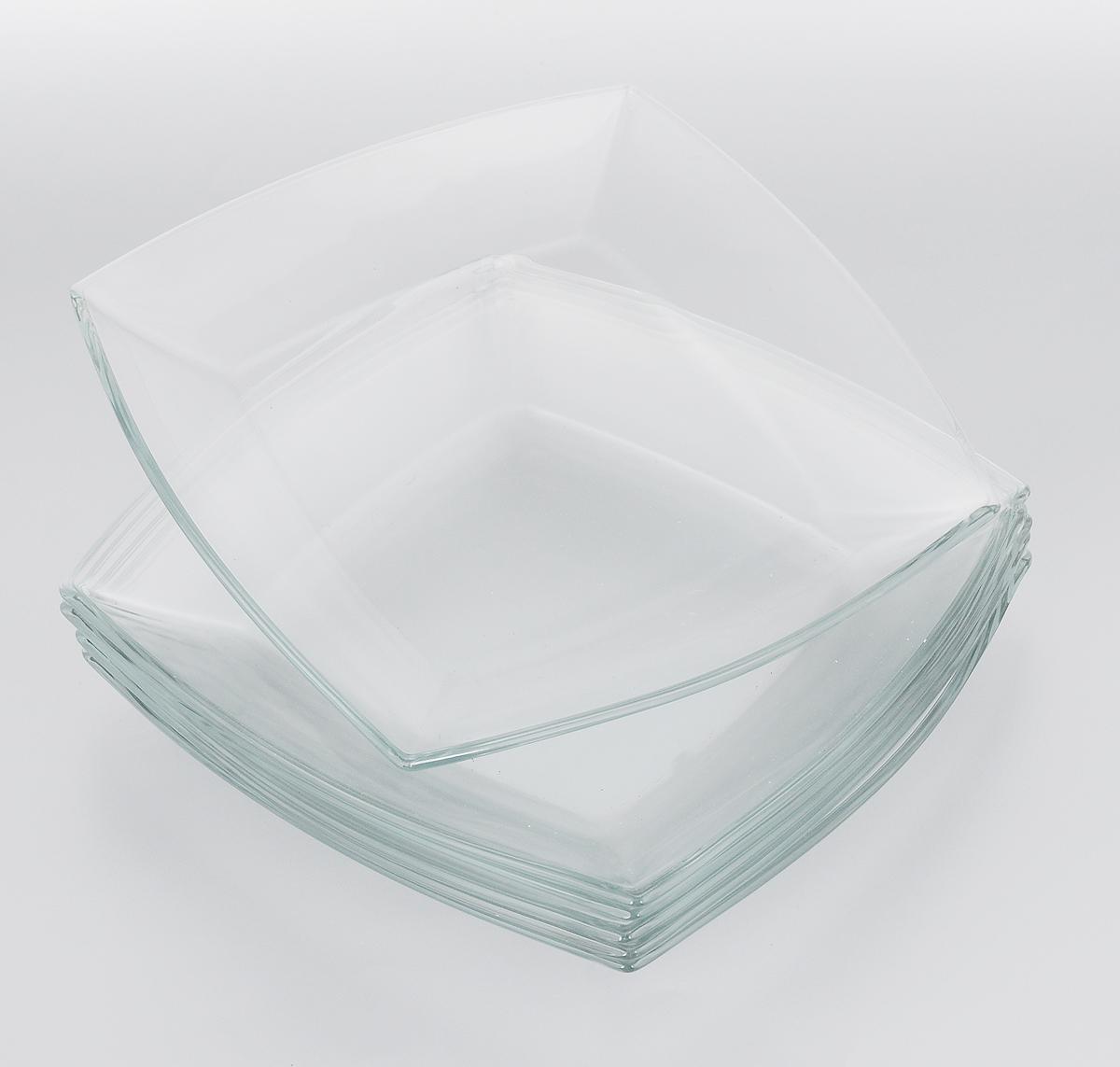 Набор тарелок Pasabahce Tokio, 26,5 х 26,5 см, 6 шт115510Набор Pasabahce Tokio состоит из шести тарелок, выполненных из закаленного прозрачного стекла. Тарелки предназначены для красивой сервировки блюд. Они сочетают в себе изысканный дизайн с максимальной функциональностью. Оригинальность оформления тарелок придется по вкусу и ценителям классики, и тем, кто предпочитает утонченность и изящность. Набор тарелок Pasabahce Tokio послужит отличным подарком к любому празднику. Можно использовать в микроволновой печи, холодильнике и морозильной камере, также мыть в посудомоечной машине.Размер тарелок: 26,5 х 26,5 см.