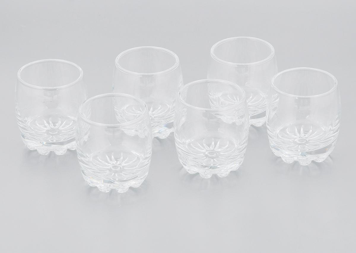 Набор стопок Pasabahce Sylvana, 80 мл, 6 шт. 42244B21395560Набор Pasabahce Sylvana состоит из шести стопок, выполненных из прочного натрий-кальций-силикатного стекла. Изделия имеют утолщенное дно. Набор предназначен для подачи водки. Стопки сочетают в себе элегантный дизайн и функциональность. Благодаря такому набору пить напитки будет еще вкуснее.Набор стопок Pasabahce Sylvana прекрасно оформит праздничный стол и создаст приятную атмосферу за ужином. Такой набор также станет хорошим подарком к любому случаю. Можно мыть в посудомоечной машине.Диаметр стопки (по верхнему краю): 4,5 см. Высота стопки: 6 см.