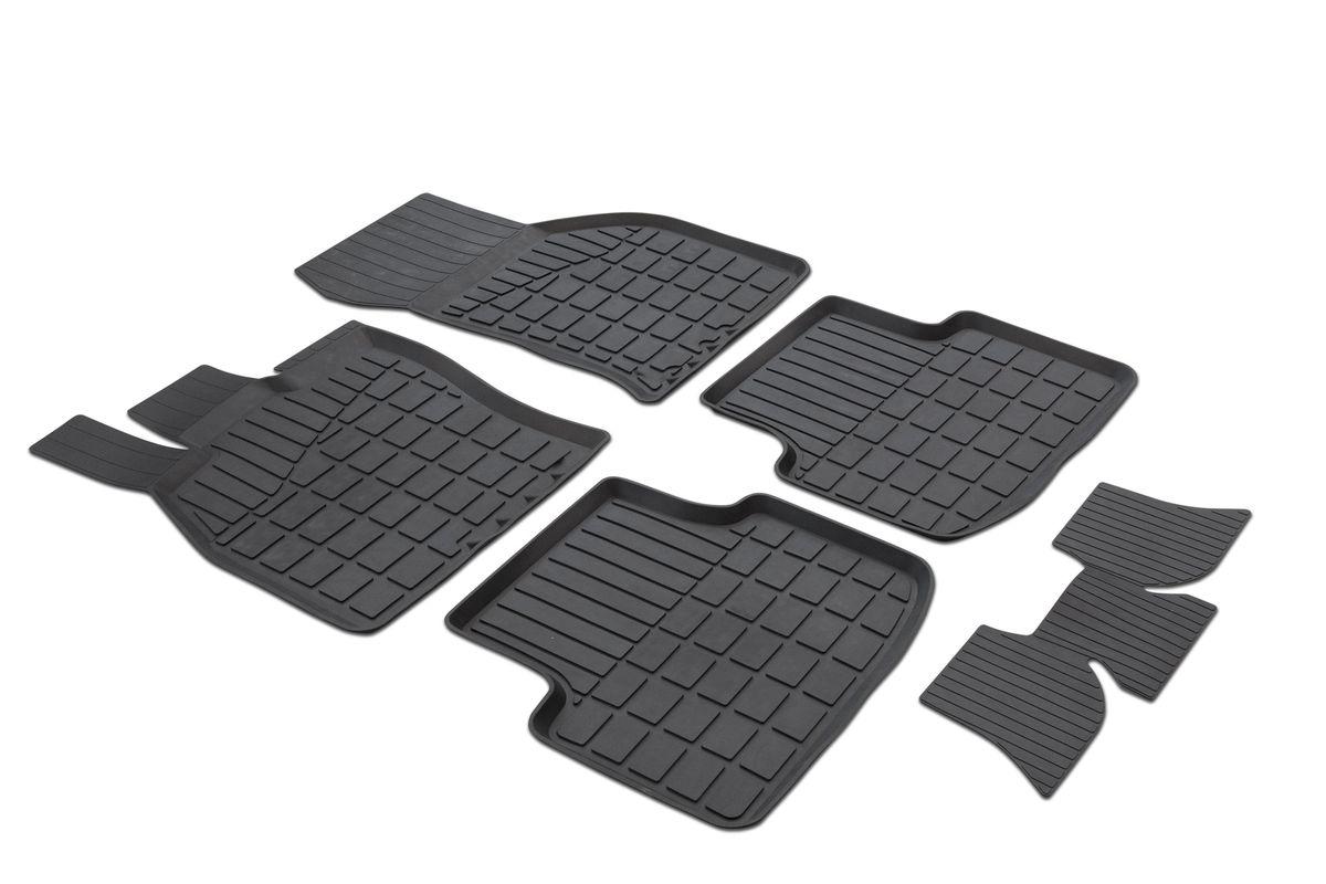 Коврики салона Rival литьевые для Skoda Octavia A7 2013-, c перемычкой, резина19200Современная версия ковриков Rival для автомобилей, изготовлены из высококачественного и экологичного сырья с использованием технологии высокоточного литься под давлением, полностью повторяют геометрию салона вашего автомобиля.- Усиленная зона подпятника под педалями защищает наиболее подверженную истиранию область.- Надежная система крепления, позволяющая закрепить коврик на штатные элементы фиксации, в результате чего отсутствует эффект скольжения по салону автомобиля.- Высокая стойкость поверхности к стиранию.- Специализированный рисунок и высокий борт, препятствующие распространению грязи и жидкости по поверхности коврика.- Перемычка задних ковриков в комплекте предотвращает загрязнение тоннеля карданного вала.- Произведены из первичных материалов, в результате чего отсутствует неприятный запах в салоне автомобиля.- Высокая эластичность, можно беспрепятственно эксплуатировать при температуре от -45 ?C до +45 ?C.Уважаемые клиенты!Обращаем ваше внимание,что коврики имеет формусоответствующую модели данного автомобиля. Фото служит для визуального восприятия товара.