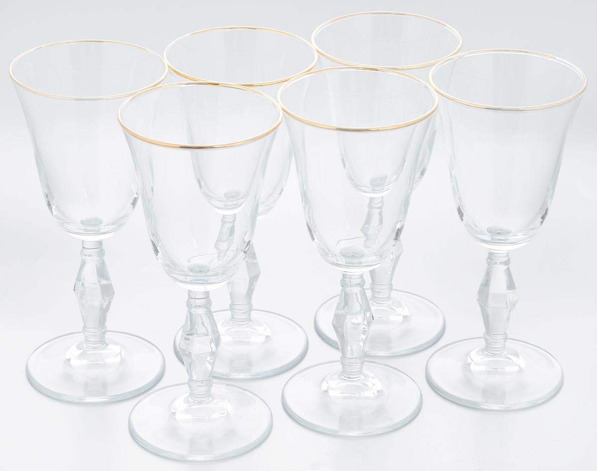 Набор бокалов Pasabahce Golden Retro, 236 мл, 6 штVT-1520(SR)Набор Pasabahce Golden Retro состоит из шести бокалов, выполненных из прочного натрий-кальций-силикатного стекла. Изделия оснащены рельефными ножками и оформлены золотистой окантовкой. Бокалы предназначены для подачи вина или других напитков. Они сочетают в себе элегантный дизайн и функциональность. Набор бокалов Pasabahce Golden Retro прекрасно оформит праздничный стол и создаст приятную атмосферу за романтическим ужином. Такой набор также станет хорошим подарком к любому случаю. Можно мыть в посудомоечной машине.Диаметр бокала (по верхнему краю): 8,5 см. Высота бокала: 18,5 см.