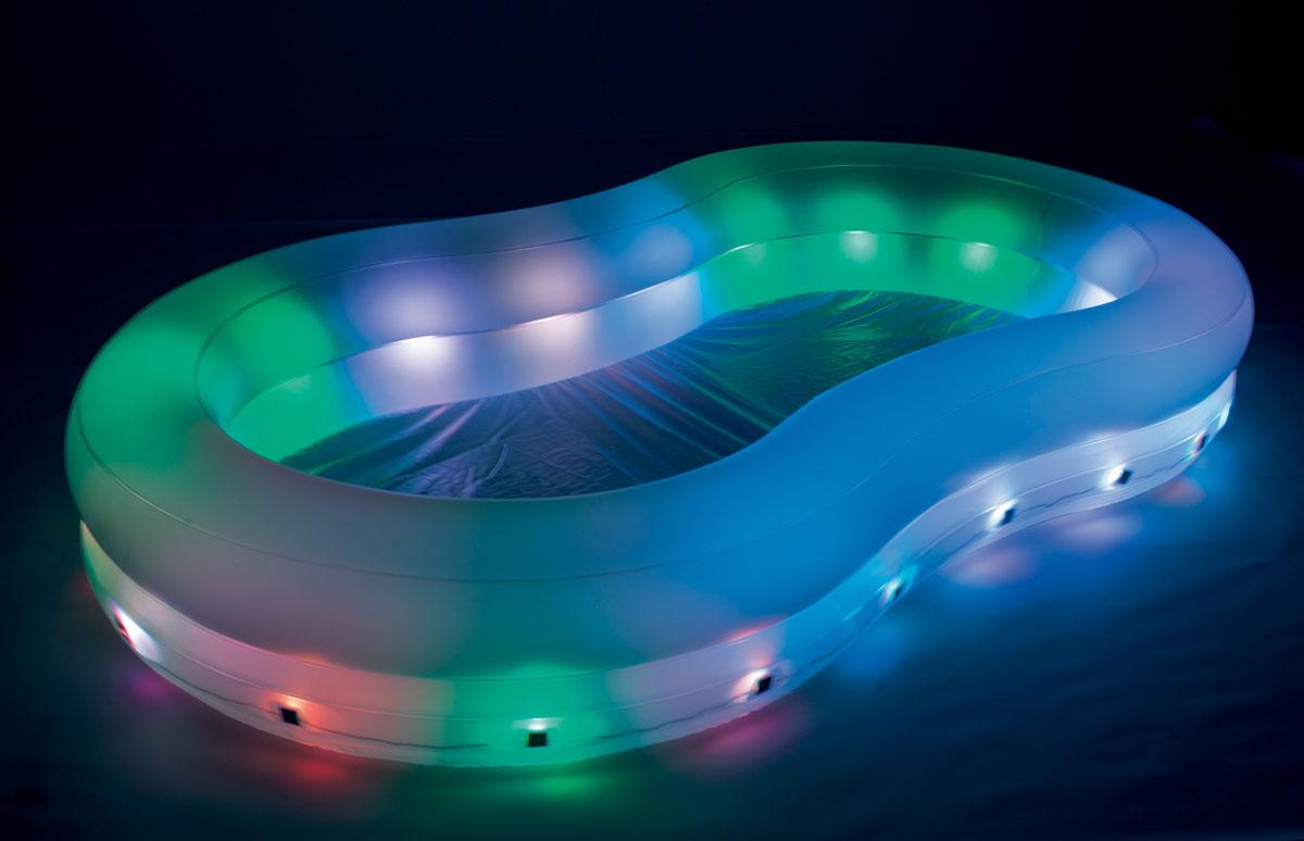 Bestway Бассейн надувной, с подсветкой. 54135AS 25Надувной бассейн Bestway с подсветкой изготовлен из прочного и высококачественного винила.Бассейн имеет 2 кольца одинакового размера и расширенные боковые стенки. Вода из бассейна спускается с помощью простого в использовании сливного клапана. Комфортный дизайн бассейна и приятная цветовая гамма сделают его не только незаменимым атрибутом летнего отдыха, но и оригинальным дополнением ландшафтного дизайна участка.В комплект с бассейном входит особо прочная заплата для ремонта изделия в случае прокола.Расчетный объем бассейна: 556 литров.Подсветка работает от 4 батареек типа LR14 (не входят в комплект).