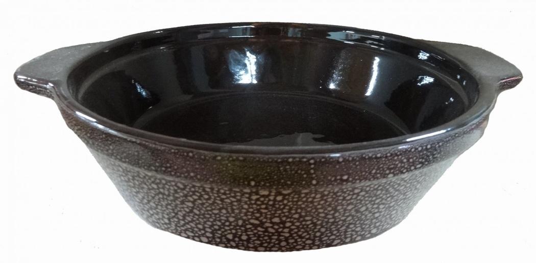 Сковорода Борисовская керамика Мрамор, 900 млPR31226Сковорода Борисовская керамика Мрамор предназначена для повседневного использования. Она выполнена из высококачественной керамики. Поверхность сковородки, на ощупь напоминает шёлк. Внешние и внутренние стенки покрыты глазурью. Природные свойства этого материала позволяют долго сохранять температуру, даже, если вы пьете что-то холодное. Благодаря рельефному дну температура распределяется равномерно и содержимое сковороды не пригорает. Время приготовления пищи существенно сокращается. Из-за компактной формы экономит место на кухне. Сковороду можно ставить в духовку и микроволновую печь.Высота стенки: 5,5 см.Диаметр по верхнему краю: 20 см.