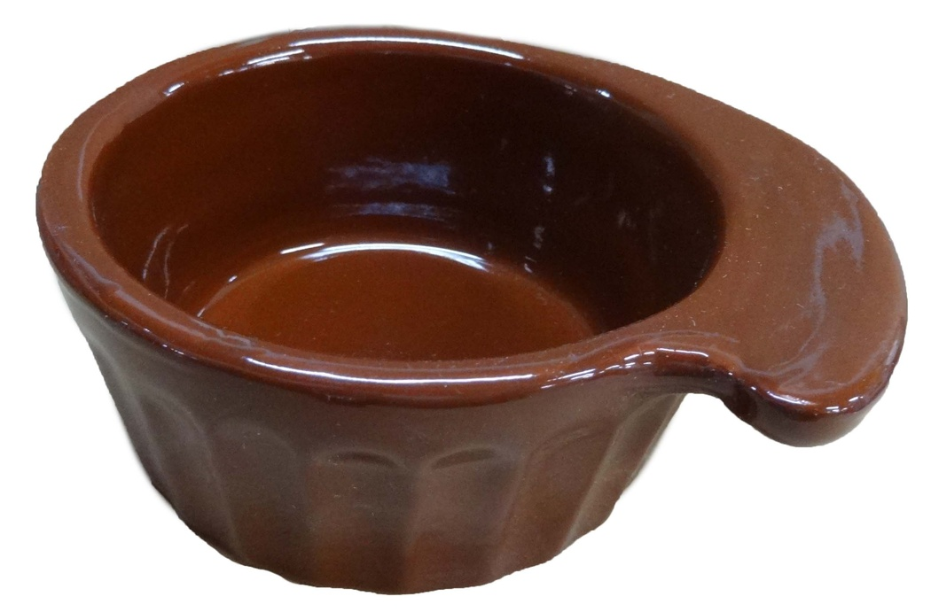 Кокотница Борисовская керамика Ностальгия, 0,2 л. ОБЧ14457902ОБЧ14457902Граненая форма кокотницы Борисовская керамика Ностальгия никого не оставляет равнодушным. Она выполнена из высококачественной керамики. В кокотнице можно удобно запекать кексы, делать жульены. Она отлично подойдет для сервировки стола и подачи блюд. Кокотницу можно использовать как порционно, так и для подачи приправ, острых соусов и другого.Подходит для использования в микроволновой печи и духовке.Ширина: 12 см.Высота: 4,5 см.