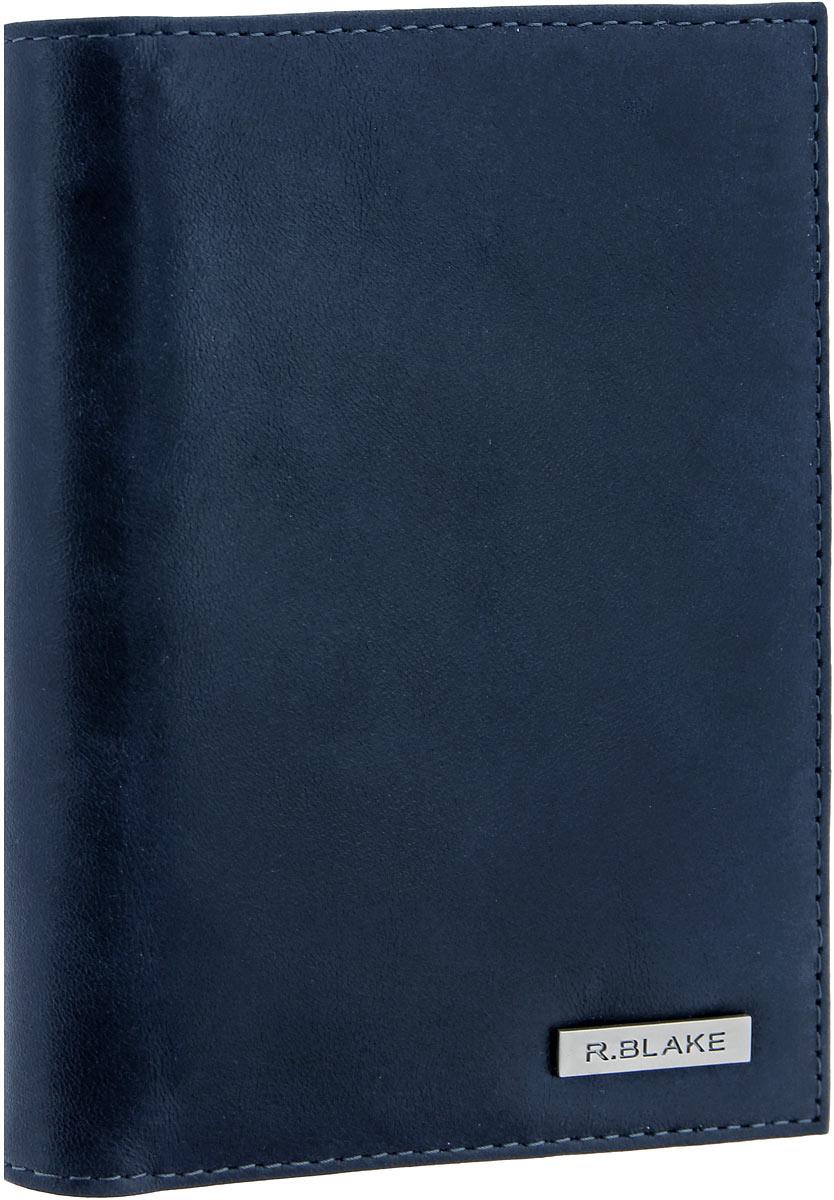 Обложка для документов мужская R.Blake Cover Mix Shammy, цвет: темно-синий. GCVM00-000000-D0608O-K101W16-11135_914Стильная и функциональная мужская обложка для документов R.Blake Cover Mix Shammy не только поможет сохранить внешний вид ваших документов, но и станет стильным аксессуаром, идеально подходящим вашему образу.Изделие выполнено из качественной натуральной кожи и дополнено металлической пластиной с символикой бренда. Подкладка выполнена из полиэстера.Изделие раскладывается пополам и содержит два отсека. В первом отсеке находятся четыре прорези для кредитных карт или визиток, три боковых открытых кармана и пластиковый блок с шестью файлами для автодокументов, позволяющий рационально разместить все необходимые документы, в том числе страховку. Второй отсек предназначен для хранения паспорта.Изделие поставляется в фирменной упаковке.Оригинальная обложка для документов R.Blake станет отличным подарком для человека, ценящего качественные и практичные вещи.
