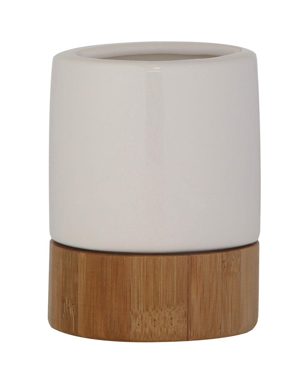 Стакан для зубных щеток Axentia Bonja Premium, высота 9,5 см40364001Стакан для зубных щеток Axentia Bonja Premium выполнен из сочетания экологически чистого бамбука, устойчивого к высокой влажности, и элегантной натуральной и изящной белой керамики. Изделие превосходно дополнит интерьер ванной комнаты, отлично сочетается с другими аксессуарами из коллекции Bonja Premium.Высота стакана: 9,5 см.Диаметр стакана: 7,5 см.