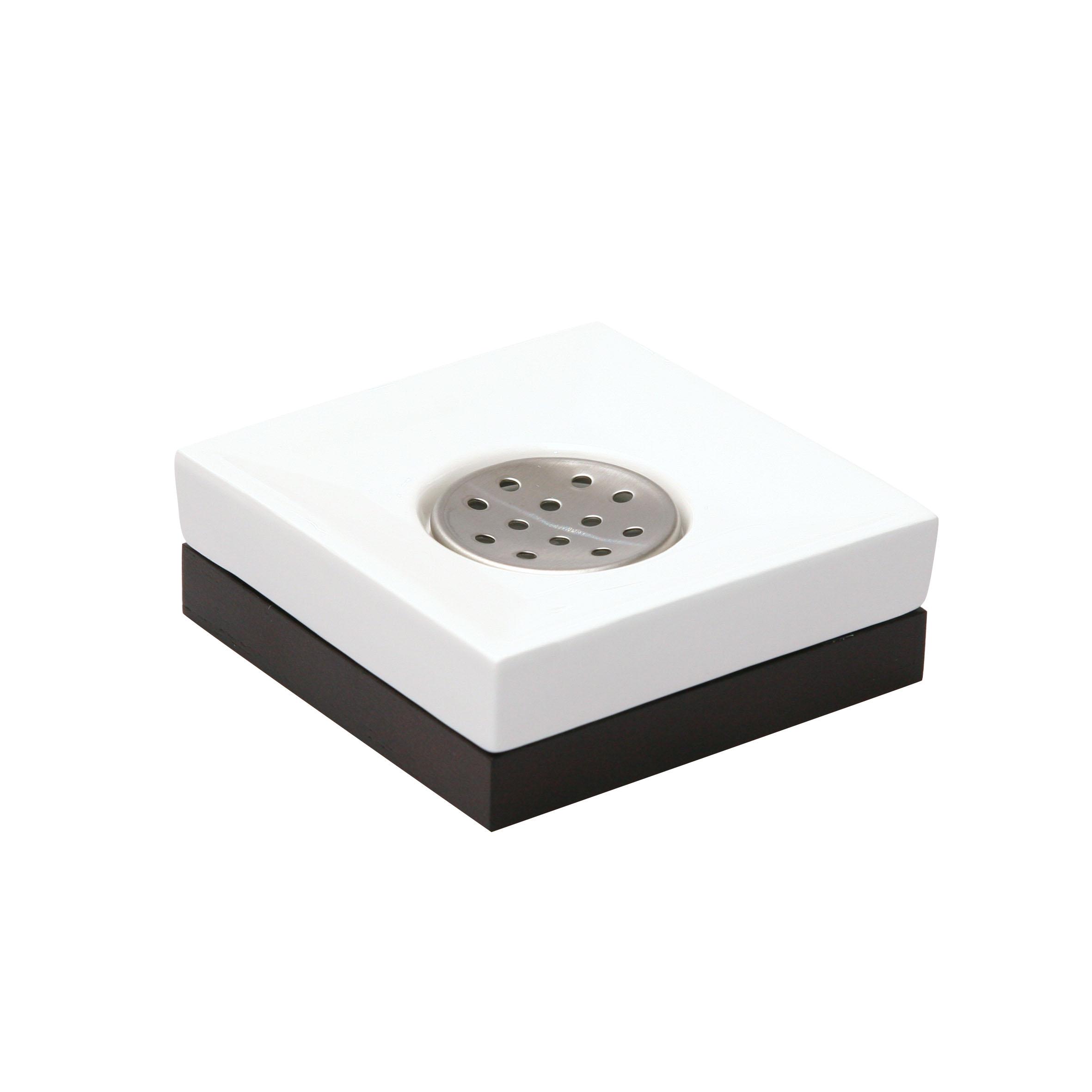 Мыльница Axentia Ginella, 11 х 11 х 4 см68/5/3Квадратная мыльница Axentia Ginella изготовлена из керамики с элементами дерева и нержавеющей стали. Имеет благородный внешний вид, способный подчеркнуть статус хозяйки дома.Размер мыльниц: 11 х 11 х 4 см.