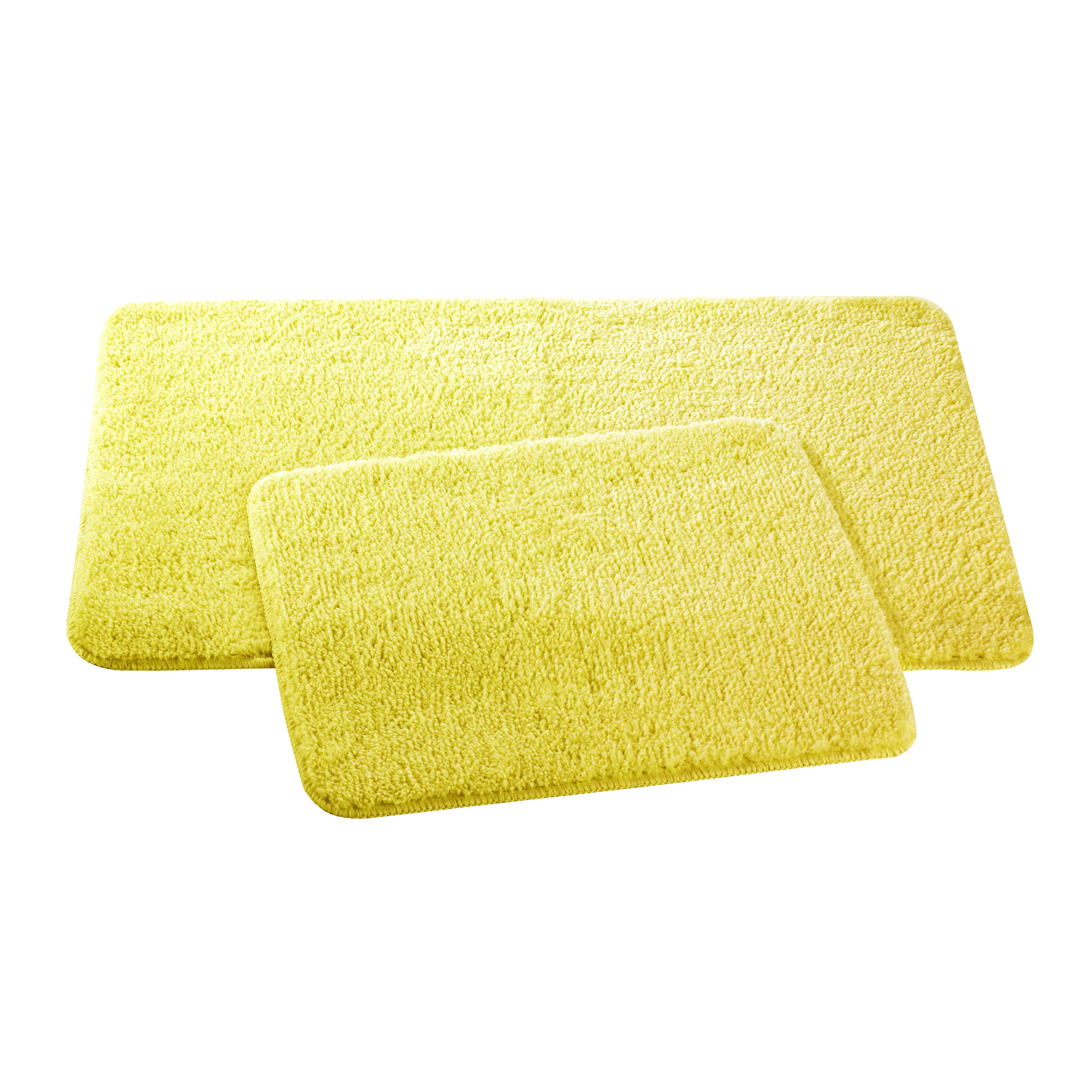 Набор ковриков для ванной и туалета Axentia, цвет: желтый, 2 шт391602Набор Axentia, выполненный из микрофибры (100% полиэстер), состоит из двух стеганых ковриков для ванной комнаты и туалета. Противоскользящее основание изготовлено из термопластичной резины и подходит для полов с подогревом. Коврики мягкие и приятные на ощупь, отлично впитывают влагу и быстро сохнут. Высокая износостойкость ковриков и стойкость цвета позволит вам наслаждаться покупкой долгие годы. Можно стирать в стиральной машине. Размер ковриков: 50 х 80 см; 50 х 40 см.Высота ворса 1,5 см.