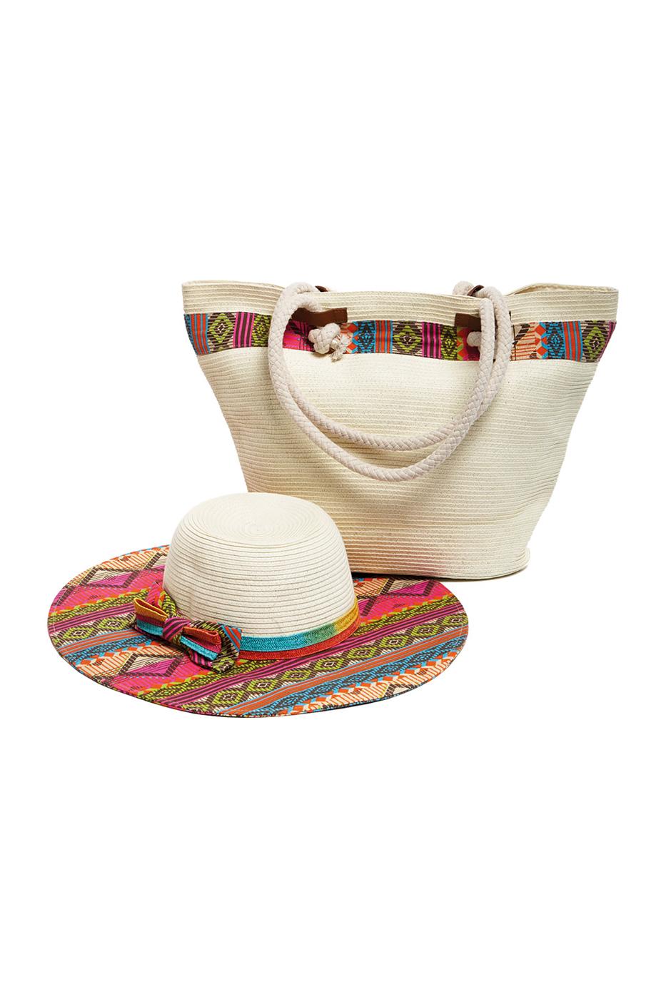 Комплект Moltini: сумка, шляпа, цвет: молочный, мультиколор. 15X00823008Оригинальный пляжный комплект Moltini, состоящий из сумки и шляпы, выполнен из плотного текстиля. Комплект выполнен в едином стиле и оформлен контрастными оттенками.Сумка состоит из одного вместительного отделения и закрывается на магнитную кнопку. Внутри размещены два накладных кармана для телефона и мелочей и один вшитый карман на молнии. Оригинальная форма ручек и натуральные материалы делают эту сумку особенно удобной для ношения на плече.Шляпа надежно защитит волосы и лицо от ярких солнечных лучей. Шляпавыполнена в едином стиле с сумкой и достойно завершит комплект.Комплект Moltini идеально подойдет для похода на пляж, для загородной поездки.