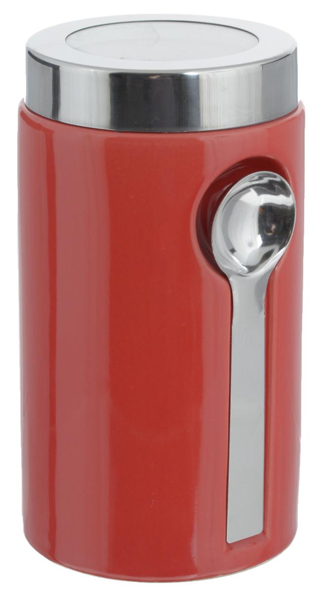 Банка для сыпучих продуктов Zeller, с ложкой, цвет: красный, 900 мл19800_красныйБанка Zeller изготовлена из высококачественной керамики. Емкость снабжена крышкой из пластика и металла, которая плотно закрывается, дольше сохраняя аромат и свежесть содержимого. Изделие оснащено металлической ложкой, которая крепится к банке с помощью магнитов. Банка подходит для хранения сыпучих продуктов: круп, специй, сахара, соли. Она станет полезным приобретением и пригодится на любой кухне.Диаметр по верхнему краю: 9 см.Высота (с учетом крышки): 19 см. Длина ложки: 14 см.