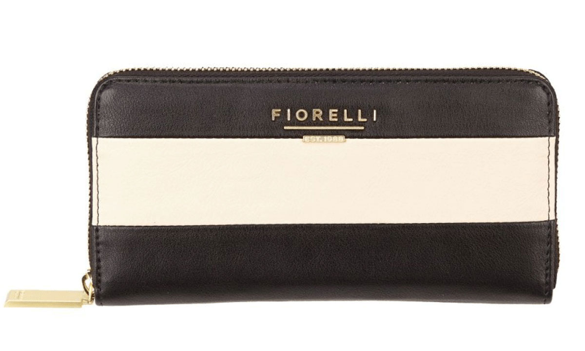 Кошелек женский Fiorelli, цвет: черный, белый. 0797 FS Mono Stripe77-080-06Дизайн продукции Fiorelli разрабатывается в Лондоне молодой, амбициозной командой, идущей в ногу со временем и предлагающей модели, которые предназначены для любых случаев, как для выхода в свет, так и для рабочих будней, торжественных приемов или коктейльных вечеринок.
