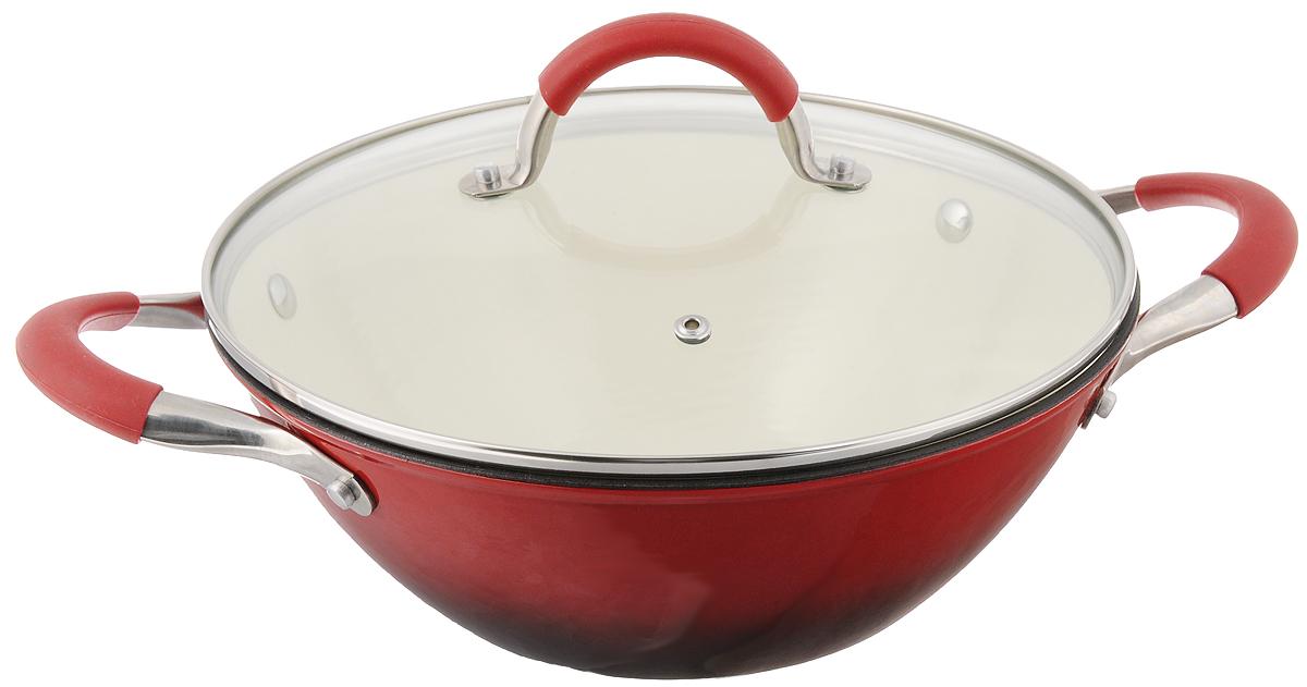 Сковорода-вок Mayer & Boch с крышкой, цвет: красный. Диаметр 26 см. 2086568/5/3Сковорода-вок Mayer & Boch, изготовленная из чугуна, идеально подходит для приготовления вкусных тушеных блюд. Она имеет внешнее и внутреннее эмалированное покрытие. Чугун является традиционным высокопрочным, экологически чистым материалом. Причем, чем дольше и чаще вы пользуетесь этой посудой, тем лучше становятся ее свойства. Высокая теплоемкость чугуна позволяет ему сильно нагреваться и медленно остывать, а это в свою очередь обеспечивает равномерное приготовление пищи. Чугун не вступает в какие-либо химические реакции с пищей в процессе приготовления и хранения, а плотное покрытие - безупречное препятствие для бактерий и запахов. Пища, приготовленная в чугунной посуде, благодаря экологической чистоте материала не может нанести вред здоровью человека. Сковорода-вок оснащена двумя удобными ручками из нержавеющей стали с силиконовыми вставками. Крышка изготовлена из жаропрочного стекла и оснащена отверстием для выпуска пара и металлическим ободом. Такая крышка позволяет следить за процессом приготовления пищи без потери тепла. Она плотно прилегает к краю сковороды, сохраняя аромат блюд. Посуду можно использовать на всех типах плит, включая индукционные. Можно мыть в посудомоечной машине и хранить в холодильнике.Внутренний диаметр: 26 см.Высота стенки: 9,5 см.Ширина с учетом ручек: 38 см.