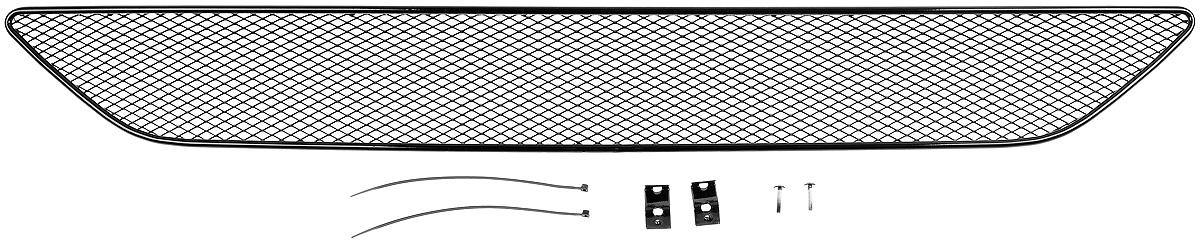 Сетка на бампер внешняя Novline-Autofamily, для SUZUKI Grand Vitara 2010-2012CA-3505В отличие от универсальных сеток, данный продукт разрабатывается индивидуально под каждый бампер автомобиля. Внешняя защитная сетка радиатора полностью повторяет геометрию решетки бампера и гармонично вписывается в общий стиль автомобиля. При создании продукта мы учли как потребности автомобилистов, для которых важна исключительно защитная функция, так и автолюбителей, которые ищут способы подчеркнуть или создать новый стиль своего авто. Функциональность, тюнинг, или и то, и другое? Выбор только за вами. Сетка для защиты радиатора изготовлена из антикоррозионного материала, что гарантирует отсутствие ржавчины в процессе эксплуатации. Простая установка делает этот продукт необыкновенно удобным. В отличие от универсальных сеток, для установки которых требуется снятие бампера, то есть наличие специализированных навыков и дополнительного оборудования (подъемник и так далее), для установки этого продукта понадобится 20 минут времени и отвертка.