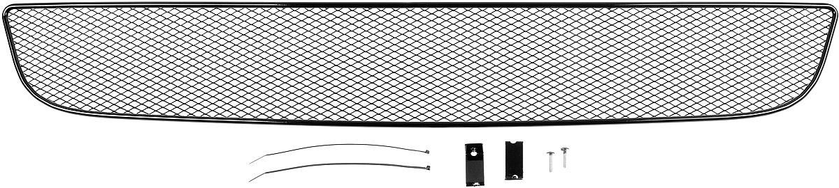 Сетка для защиты радиатора Novline-Autofamily, внешняя, для Skoda Octavia A5 (2004-2013)1004900000360Сетка для защиты радиатора Novline-Autofamily изготовлена из антикоррозионного материала, что гарантирует отсутствие ржавчины в процессе эксплуатации. Изделие устанавливается на штатную решетку переднего бампера автомобиля, защищая таким образом радиатор от попадания камней, крупных насекомых, мелких птиц. Простая установка делает это изделие необыкновенно удобным. В отличие от универсальных сеток, для установки которых требуется снятие бампера, то есть наличие специализированных навыков и дополнительного оборудования (подъемник и так далее), для установки этой сетки понадобится 20 минут времени и отвертка. Данный продукт разработан индивидуально под каждый бампер автомобиля. Внешняя защитная сетка радиатора полностью повторяет геометрию решетки бампера и гармонично вписывается в общий стиль автомобиля.