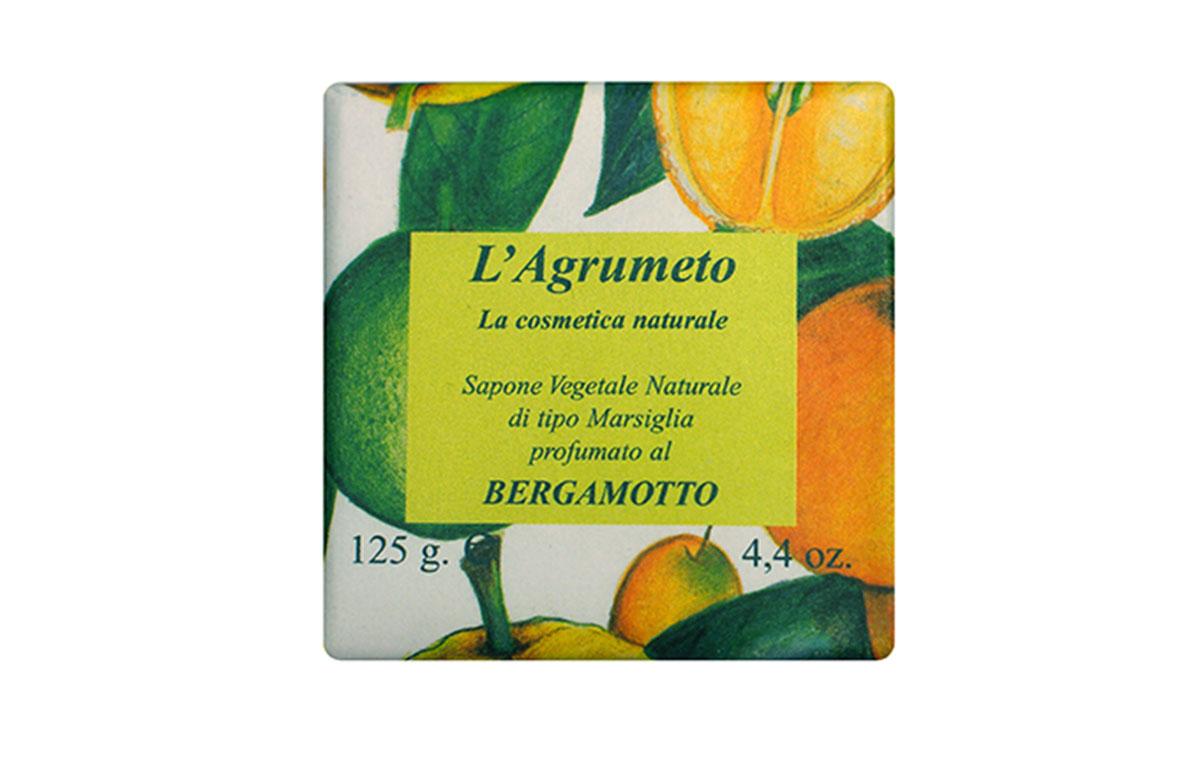 Iteritalia Мыло высококачественное натуральное растительное с ароматом БЕРГАМОТА, 125 гSatin Hair 7 BR730MNВысококачественное натуральное растительное мыло, обогащенное эфирным маслом бергамота, бережно очищает и восстанавливает кожу. В ароматерапии свежий мягкий аромат бергамота обладает восстанавливающим действием. Коллекция ПЛАНТАЦИЯ ЦИТРУСОВЫХ
