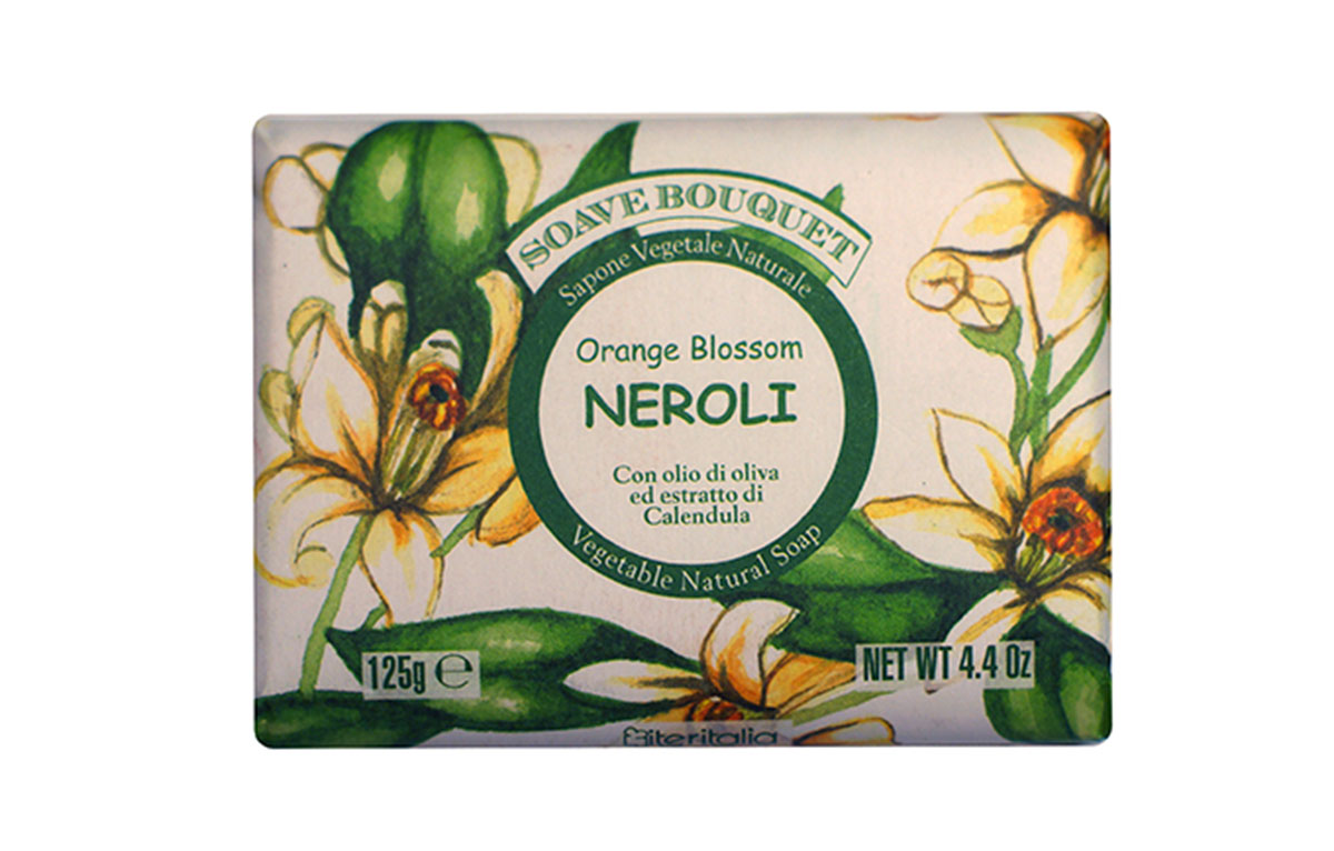 Iteritalia Мыло высококачественное натуральное растительное с оливковым маслом и эстрактом календулы, 125 г Аромат : НЕРОЛИ5010777139655Высококачественное натуральное растительное мыло деликатно очищает кожу, оставляя на ней тонкий аромат нероли и придавая ей приятное ощущение мягкости и бархатистости. Подходит для всех типов кожи.