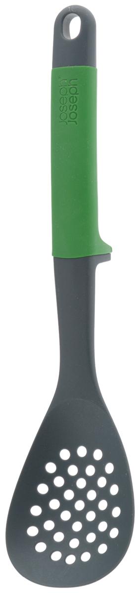 Ложка-шумовка Joseph Joseph Elevate, цвет: темно-зеленый, черный, длина: 31см391602Ложка-шумовка Joseph Joseph Elevate - это замечательный инструмент, который поможет при готовке на кухне. Рабочая поверхность прибора выполнена из высококачественного нейлона, который выдерживает температуру до +200°С. Благодаря небольшим отверстиям по всей рабочей поверхности, такой ложкой удобно вылавливать из жидкости нужные вам продукты, а также перемешивать и сервировать блюда. Изделие безопасно для посуды с антипригарным и тефлоновым покрытием. Эргономичная рукоятка с силиконовым покрытием обеспечивает надежный хват. Ложка удобна и тем, что она не прикасается рабочей поверхностью к столу, следовательно, ваша кухня будет чище. Ложка Joseph Joseph Elevate станет отличным дополнением к коллекции ваших кухонных аксессуаров. Можно мыть в посудомоечной машине.