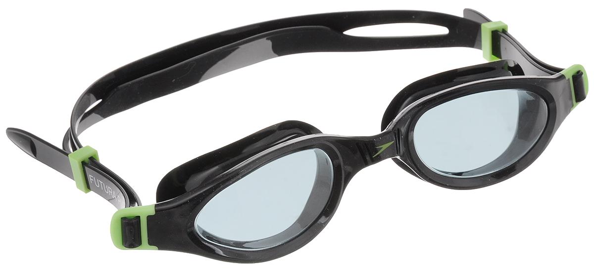 Очки для плавания Speedo Futura Plus Junior, детские, цвет: черный, зеленыйJ504N-9093Многофункциональные детские очки Speedo Futura Plus Junior с мягкой рамкой обеспечивают комфортное использование и широкий угол обзора. Конструкция очков предусматривает раздельный двойной ремешок для надежной фиксации, который легко регулируется. Линзы имеют антизапотевающее покрытие и защищают от ультрафиолетового излучения.
