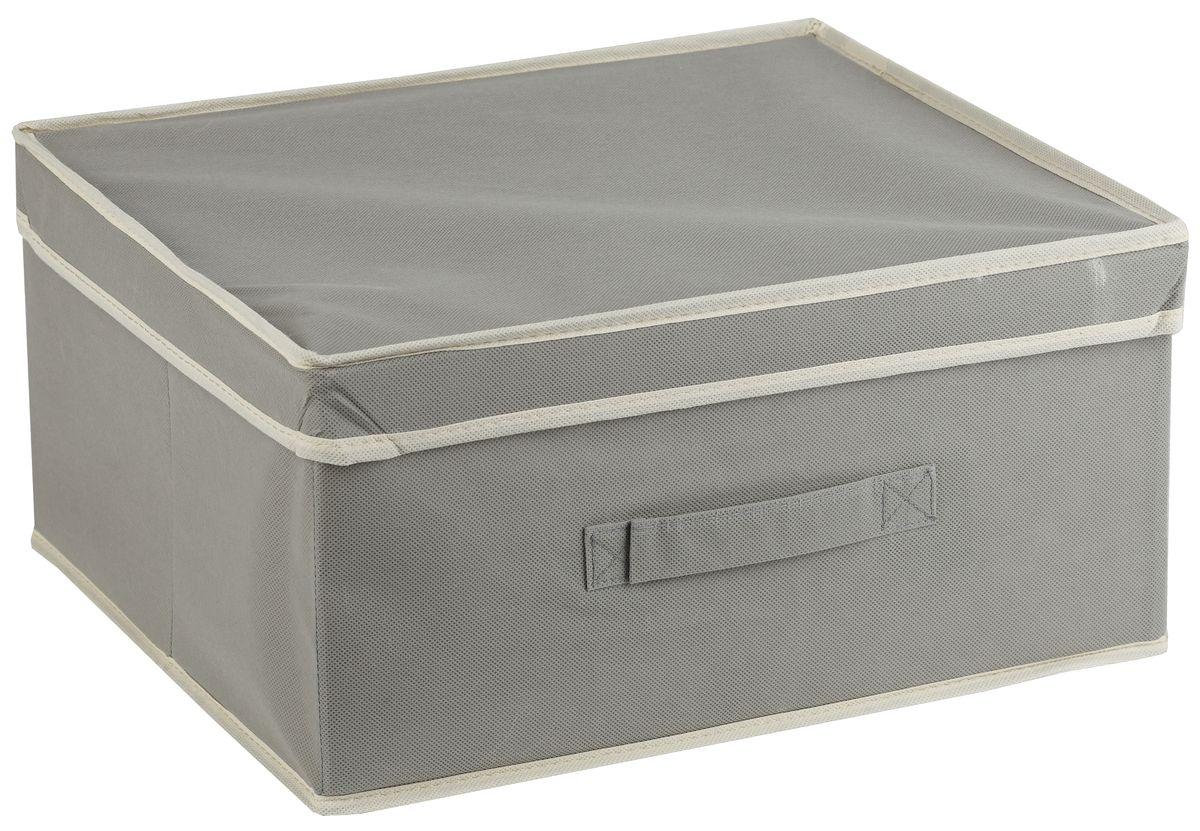 Короб для хранения White Fox Standart, с крышкой, цвет: серый, 46 х 33 х 25 смCLP446Коллекция Standart от White Fox изготовлена из нетканного полотна, наиболее популярного среди товаров для хранения вещей. В коллекции представлены самые популярные вещи: подвесные кофры, короба с крышками и без, мягкие чехлы для вещей, чехлы для костюмов. Все изделия упакованы в компактную упаковку, которая имеет подвес. Короба складываются.