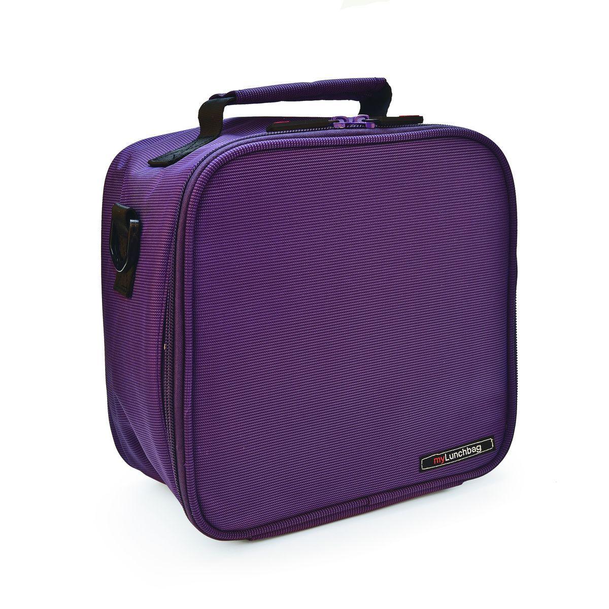 Ланч-бокс Iris Basic MyLunchbag, цвет: фиолетовый, 3,8 лVT-1520(SR)Ланч-бокс Iris Basic MyLunchbag выполнен из высококачественного полиэстера и закрывается на застежку-молнию. Он отлично сохраняет свежесть и вкус продукта на несколько часов. Пригодится везде: на прогулке, на работе, учебе. С ним легко справится даже ребенок! Внутри имеется удобный сетчатый кармашек для аксессуаров, а также регулируемый ремень и ручка для переноски. Рекомендуется регулярно стирать сумку вручную в теплой воде с мылом.