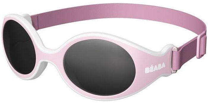 Beaba Солнцезащитные очки детские Clip Strap Sunglasses категория 4 цвет розовыйBM8434-58AEОчки для новорожденных XS Beaba - идеальная защита от агрессивных УФ лучей.Очки Beaba XS с ремешком 4-ой категории защитят кроху от УФ при любых обстоятельствах: на прогулке, на море, в горах.Очки для новорожденных Beaba XS с ремешком.Качество и безопасность с максимальной защитой от ультрафиолетовых лучей (UVA, UVB) - 4 категория. Эргономичная оправа (адаптированные по форме детского носика изгибы). Гибкая оправа с эластичным неопреновым ремешком идеально подойдет для комфорта самых маленьких. Размер легко адаптируется, очки без труда снимаются/одеваются с помощью плавающего ремешка. Ребенку удобно, очки хорошо держаться на голове, при этом не сдавливая и не причиняя дискомфорта. Прочный безопасный материал основы (полипропилен и СЕБС), небьющиеся стекла. С 3х месяцев для ребенка, лежащего в коляске. Сделано во ФранцииОфтальмологи со всего мира все чаще говорят о необходимости защиты детских глаз от агрессивного солнца. Данная тенденция ничуть не является данью моде, а становится острой необходимостью, которую врачи осознали благодаря современным исследованиям.