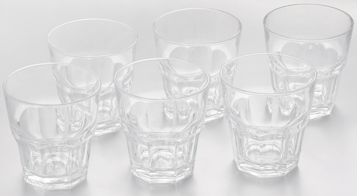 Набор стаканов Pasabahce Casablanca, 265 мл, 6 штVT-1520(SR)Набор Pasabahce Casablanca состоит из шести стаканов, выполненных из закаленного натрий-кальций-силикатного стекла. Изделия имеют многогранную рельефную поверхность и сочетают в себе элегантный дизайн и функциональность. Такие стаканы подойдут для подачи воды, сока и других напитков со льдом. Набор стаканов Pasabahce Casablanca идеально подойдет для сервировки стола и станет отличным подарком к любому празднику.Можно мыть в посудомоечной машине и использовать в холодильнике, морозильной камере и микроволновой печи.Диаметр стакана (по верхнему краю): 8,5 см. Высота стакана: 9,2 см.
