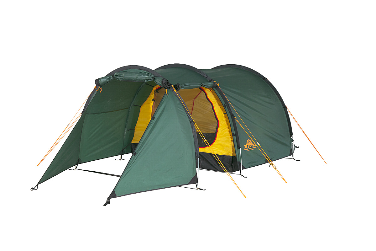 Палатка Alexika Tunnel 3 Green9125.3101Tunnel 3 - трехместная палатка, выполненная в форме полубочки и рассчитанная на использование при плюсовой температуре воздуха. Характерная отличительная черта Tunnel 3 - это огромный тамбур, где можно укрыть от непогоды велосипеды и вещи всех обитателей палатки, а при необходимости - использовать его как место для приготовления пищи. Большое внимание производитель уделил сопротивляемости конструкции палатки негативным воздействиям: прочная стропа по краю тента, дополнительное усиление ткани в зонах повышенной нагрузки, герметизация швов и антипиреновая пропитка, тормозящая процесс горения. Кроме того, углы внутренней палатки выполнены по бесшовной технологии, что также увеличивает прочность тента. Тент имеет показатель влагозащиты 4000 мм, а пол - 6000 мм, что позволяет вам оставаться сухими даже в сильный ливень. Из «бытовых удобств» у Tunnel 3 следует отметить 3 входа, оборудованных противомоскитной сеткой, кольцо для фонаря по центру потолка, откидную полку для мелочевки и 6 карманов во внутренней палатке. Вентиляцию обеспечивают расположенные в торцах палатки клапаны, также оборудованные антимоскитной сеткой. При своих габаритах палатка обладает сравнительно небольшим весом и неплохой ветроустойчивостью, а также занимает немного места в собранном виде. Вес: 4,7 кг. Количество мест: 3. Сезонность: весна-осень. Размер: 410 x 180 x 120 см. Размер в чехле: 18 x 50 см. Материал тента: Polyester 190T PU 4000 mm. Материал дна: Polyester 150D Oxford PU 6000 mm. Внутренняя палатка: есть. Материал дуг: Alu 8.5 mm. Ветроустойчивость: средняя. Количество входов: 2. Цвет: зеленый. Область применения: трекинг. Технологии:Пропитка, задерживающая распространение огня. Швы герметизированы термоусадочной лентой. Узлы палатки, испытывающие высокие нагрузки, усилены более прочной тканью. Край тента обшит прочной стропой. Молнии на внешнем тенте фиксируются алюминиевым крючком. Внутренняя палатка оснащена противомоскитной сеткой, шестью карман