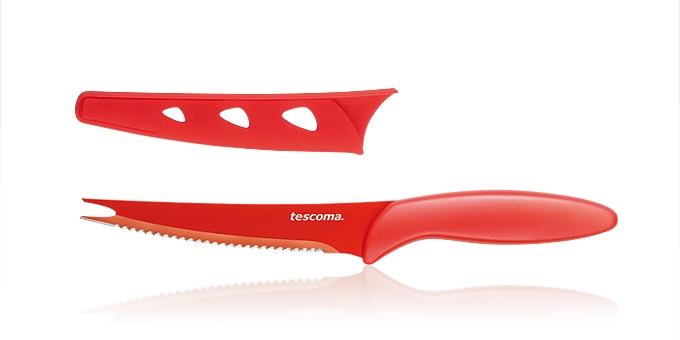 Нож для нарезки овощей Tescoma Presto, с чехлом, цвет: красный, длина лезвия 13,5 см863084Нож Tescoma Presto предназначен специально для бережного нарезания овощей. Лезвие выполнено из высококачественной нержавеющей стали с антиадгезивным покрытием, а ручка из прочного пластика. Продукты не прилипают к лезвию. Изделие легко чистится. В комплект входит защитный чехол для бережного хранения. Можно мыть в посудомоечной машине, не рекомендуется использовать металлические губки и абразивные чистящие средства. Общая длина ножа: 23 см.Длина лезвия: 13,5 см.