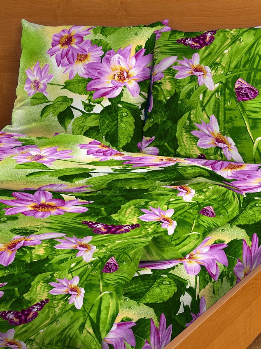 Комплект белья Letto, 1,5-спальный, наволочки 70х70. B143-3CA-3505Комплект постельного белья Letto выполнен из классической российской бязи (хлопка). Комплект состоит из пододеяльника, простыни и двух наволочек.Постельное белье, оформленное цветочным рисунком, имеет изысканный внешний вид. Пододеяльник снабжен молнией.Благодаря такому комплекту постельного белья вы сможете создать атмосферу роскоши и романтики в вашей спальне. Уважаемые клиенты! Обращаем ваше внимание на тот факт, что расцветка наволочек может отличаться от представленной на фото.