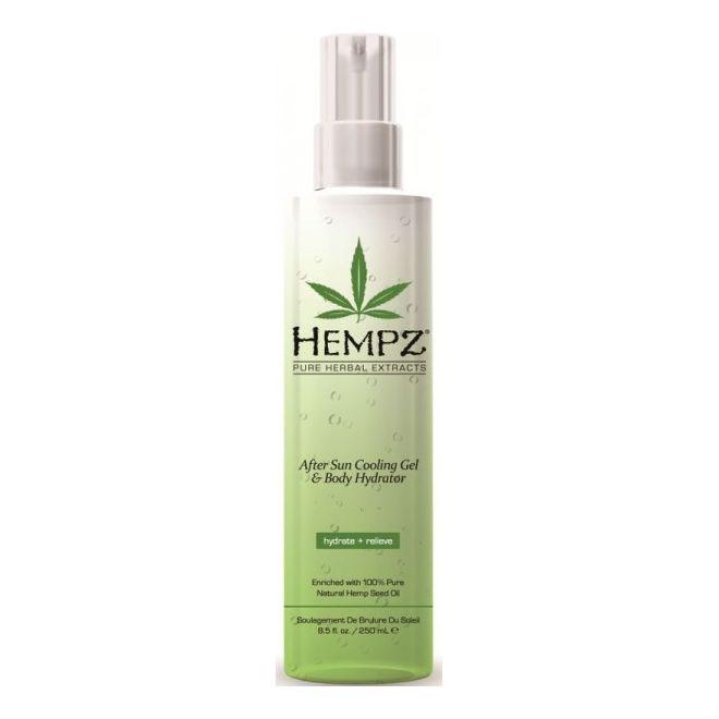 Hempz Спрей охлаждающий после загара After Sun Cooling Spray 250 млFS-00897Увлажняющий охлаждающий спрей для тела после загара с Алоэ вера и запатентованной формулой Superfruit Hydro-Sun Complex™. Быстро впитывается, увлажняет, обладает охлаждающим и заживляющим эффектом, освежает, успокаивает, питает и восстанавливает гидро-баланс кожи. Аромат: Персиковый Нектар