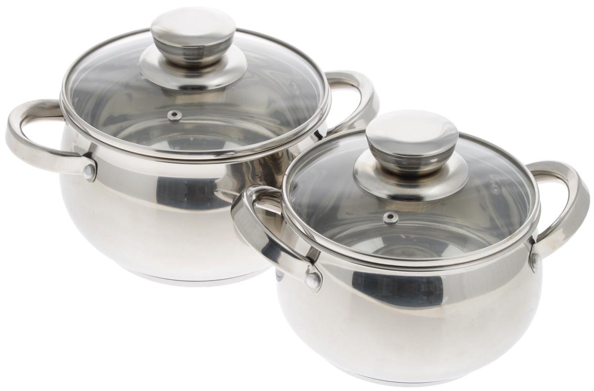 Набор посуды Mayer & Boch, 4 предмета. 251532-412/6Набор посуды Mayer & Boch включает 2 кастрюли и 2 крышки. Изделия выполнены из высококачественной нержавеющей стали 18/10 с зеркальной полировкой. Кастрюли имеют многослойное термоаккумулирующее дно с прослойкой из алюминия, которое обеспечивает равномерное распределение тепла, быстрый подогрев и поддержание тепла. Кастрюли предназначены для здорового и экологичного приготовления пищи. Готовить можно с небольшим количеством воды и жира, продукты сохранят больше полезных веществ, витаминов и минералов. Прозрачные крышки, выполненные из термостойкого стекла, позволят следить за процессом приготовления пищи. Ручки из нержавеющей стали надежно крепятся к корпусу. Кастрюли подходят для всех видов плит, включая индукционные, и пригодны для мытья в посудомоечной машине. Внутренний диаметр (по верхнему краю): 16 см, 18 см. Объем кастрюль: 2,1 л, 2,9 л. Высота стенок кастрюль: 10,5 см, 11,5 см. Ширина кастрюль (с учетом ручек): 24 см, 27 см. Диаметр дна: 12,5 см, 14 см.
