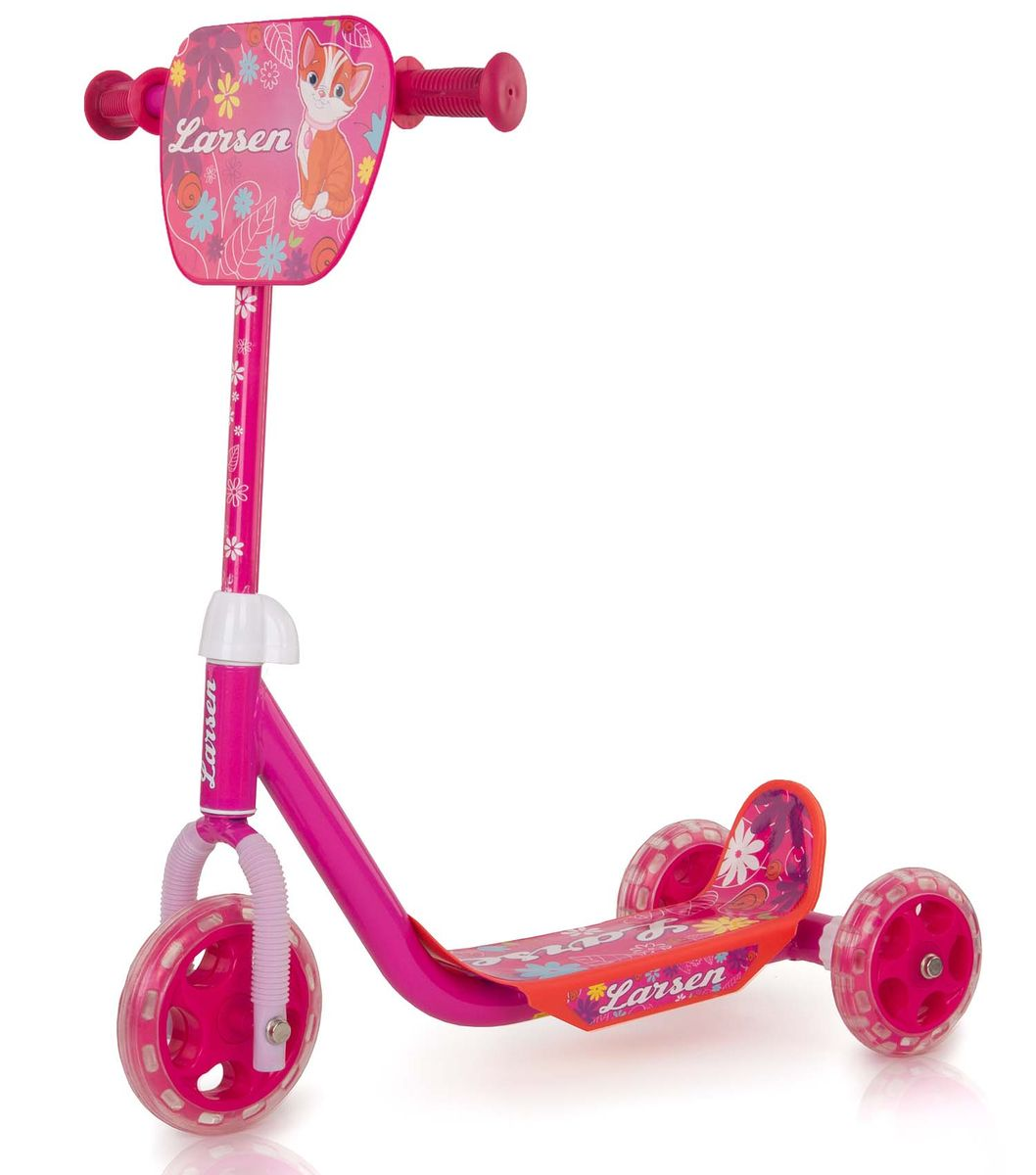 Самокат Larsen Girl, цвет: розовый. GS-002A-RB245716Самокат Larsen Girl - модель оснащена трехколесным шасси, что гарантирует отличную устойчивость при катании. Руль самоката снабжен удобными рукоятками с ограничителями, не позволяющим ладошкам соскользнуть и потерять управление.