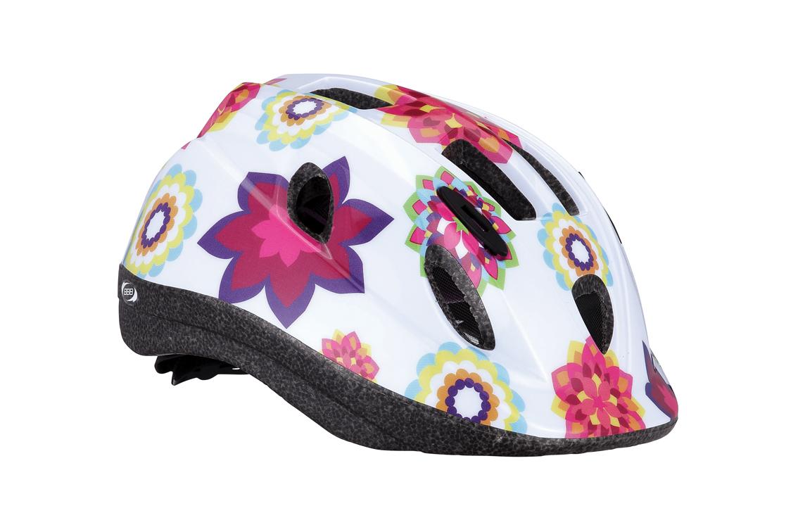 Летний шлем BBB Boogy flower. BHE-37. Размер S (48-54 см)Z90 blackЛегкий и надежный велосипедный шлем для детей. 12 вентиляционных отверстий. Защитная сетка от насекомых. Регулируемые ремни для идеальной посадки. Удобная регулировка TwistClose системы, можно регулировать одной рукой. Моющиеся антибактериальные колодки. Светоотражающие элементы сзади.