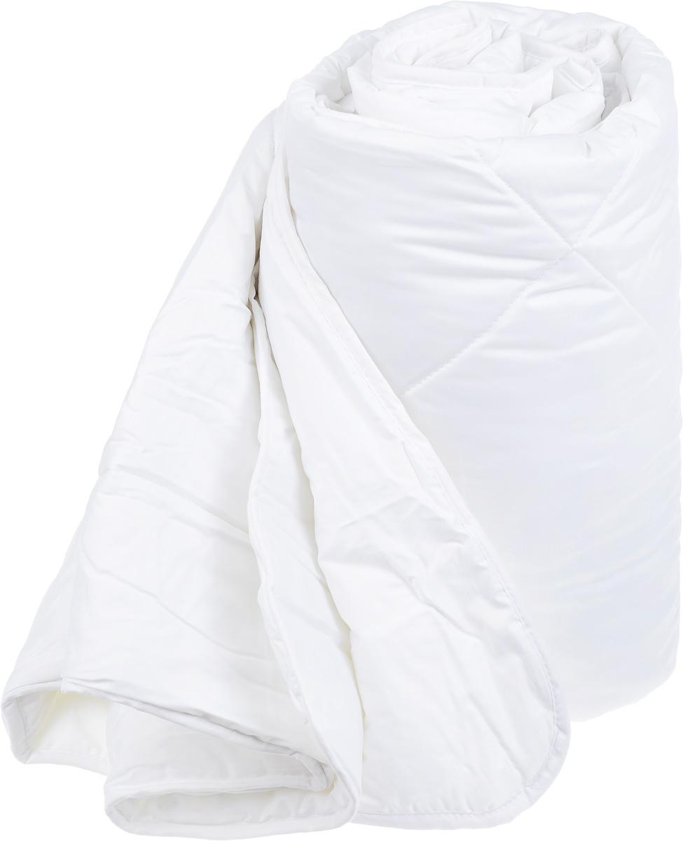 Одеяло Classic by Togas Пух в тике, наполнитель: лебяжий пух, 175 х 200 смPANTERA SPX-2RSОдеяло Classic by Togas Пух в тике подарит комфортный и спокойный сон. Чехол одеяла выполнен из тика (100% хлопок), а наполнитель - синтетическое микроволокно лебяжий пух. Одеяло имеет классический крой, скругленные углы, кант и стежку, которая равномерно распределяет наполнитель внутри. Благодаря непревзойденным пуходержащим свойствам тика вы ощутите идеальный комфорт. Эта пухосдерживающая ткань прочнейшего саржевого или полотняного переплетения имеет специальную пропитку, которая не дает даже мельчайшим волокнам наполнителя проникать сквозь ткань. Тик превосходно пропускает воздух, впитывает влагу, оставаясь при этом сухим на ощупь. Тиковая ткань мягкая, нежная и не раздражает кожу, но при этом очень практичная и прочная.Микроволокно, которым наполнено одеяло, очень схоже с натуральным лебяжьим пухом - оно такое же мягкое, нежное и упругое. При этом микроволокно очень прочно и долговечно, гипоаллергенно и мгновенно восстанавливает форму после сжатия, благородя обработке силиконом, который уменьшает трение между волокнами наполнителя. Мягкий, воздушный и упругий искусственный пух в сочетании с гладкостью натурального тика создает идеальные условия для комфортного отдыха.