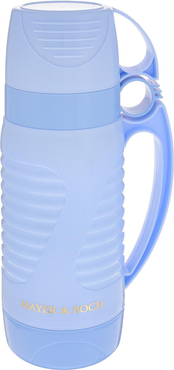 Термос Mayer & Boch, с 2 чашами, цвет: голубой, 1 л. 2490924909Термос Mayer & Boch со стеклянной колбой в пластиковом корпусе является одним из востребованных в России. Его температурная характеристика ни в чем не уступает термосам со стальными колбами, но благодаря свойствам стекла этот термос может быть использован для заваривания напитков с устойчивыми ароматами. Изделие идеально подходит для сохранения напитка горячим или холодным в течение нескольких часов. В комплекте имеются две чашки разных размеров. Завинчивающаяся герметичная крышка предохранит от проливаний. Такой термос станет не только надежным другом в походе, но и отличным украшением вашей кухни.Высота термоса: 28,5 см.Диаметр большой чашки (по верхнему краю): 10 см.Высота большой чашки: 8,2 см.Диаметр малой чашки (по верхнему краю): 9,5 см.Высота малой чашки: 6 см.