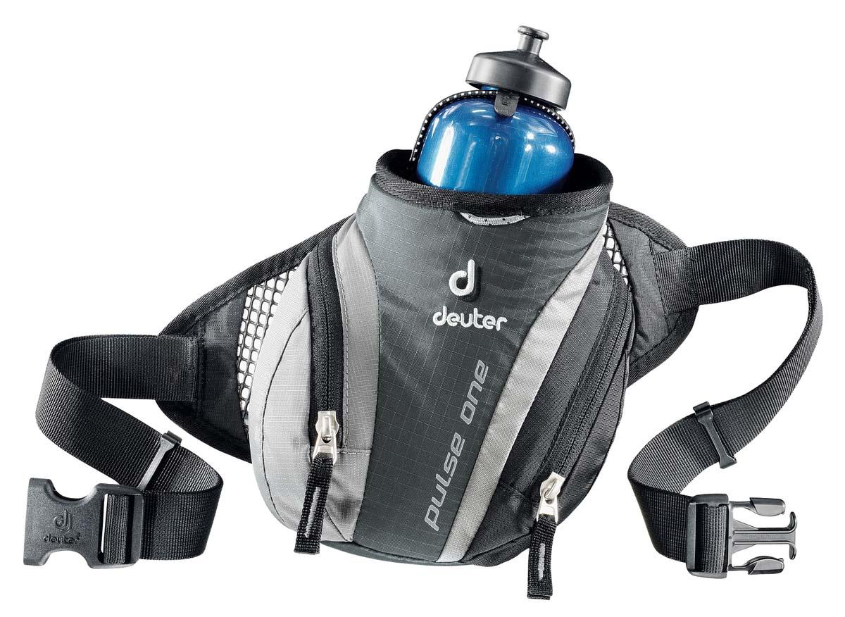Сумка поясная Deuter Pulse One, цвет: темно-серый, черный39070_4700Сумка поясная Deuter Pulse One легкая и удобная. Во время лыжных прогулок, кросса по пересеченной местности, пешей прогулки или легкой утренней пробежки, вес поклажи должен быть минимизирован. Но в любом случае, вам, просто необходима сумка, куда можно убрать фляжку для питья, ключи, мобильный телефон и немного денег. Стильная и легкая сумка Pulse One гарантируют размещение всего, что требуется.Особенности:Отражатели ЗМ; Сетчатые крылья для хорошего прилегания; Два кармана на молнии; Регулируемый поясной ремень; Гнездо для фляги; Крючок для ключей; Петля для крепления ночного габаритного фонарика. Объем 0,5 л. Вес 140 г. Размеры 14 х 19 х 9 см.