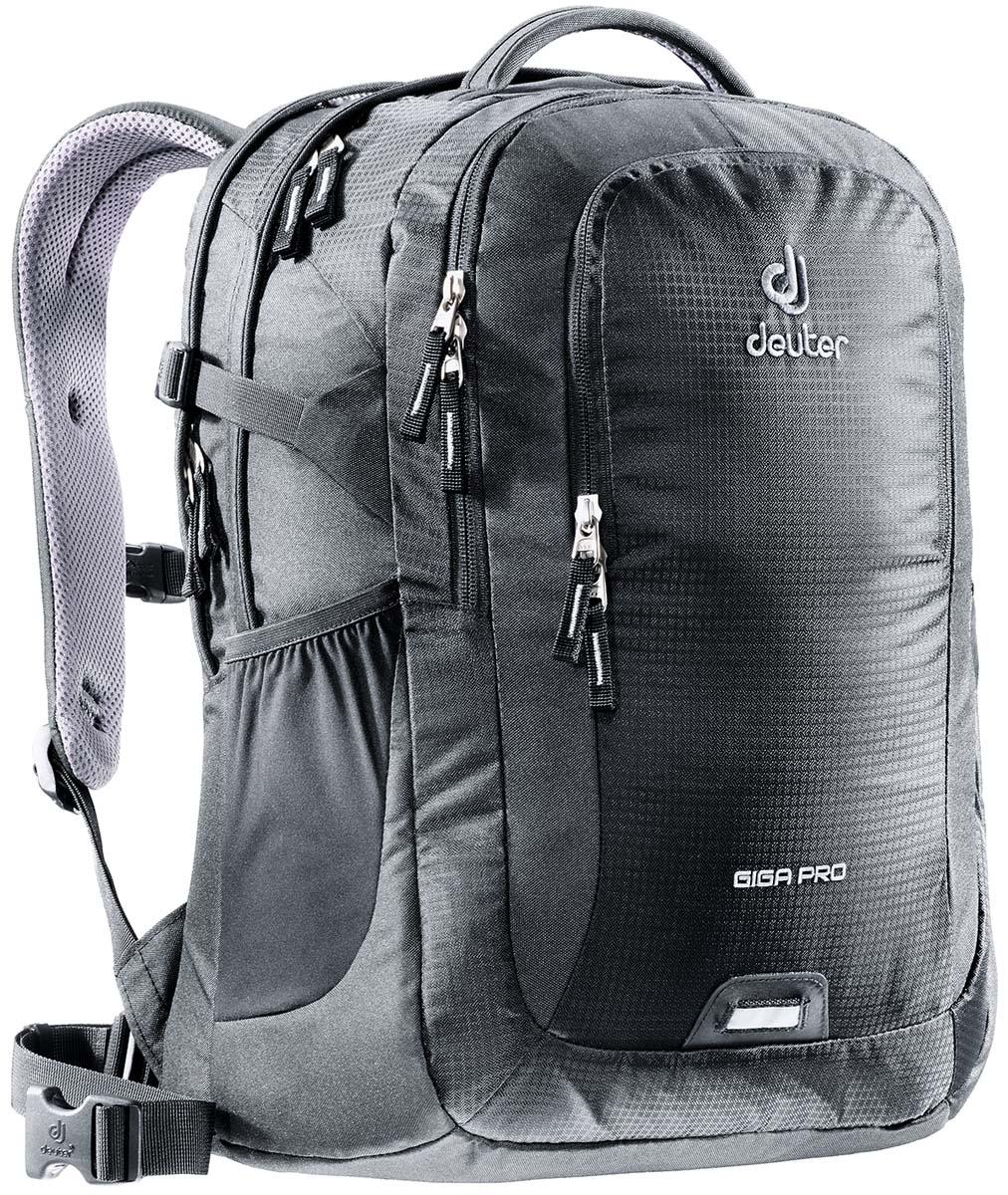 Рюкзак Deuter Daypacks Giga Pro, цвет: черный, 31 лZ90 blackГородской рюкзак Deuter Giga Pro правильный выбор для тех, кто ищет профессиональный рюкзак: все принадлежности идеально расположены и защищены.Имеется специальное мягкое съемное отделение для ноутбука. Система спинки Airstripes, большое основное отделение, в котором помещаются папки для бумаг, дно имеет мягкую подкладку, компрессионные стропы, удобная ручка для переноски, большой передний карман на молнии с органайзером, съемный набедренный ремень, петля с отражателем, второе основное отделение, со съемной мягкой сумкой под ноутбук 15,6 дюймов, боковой сетчатый карман.