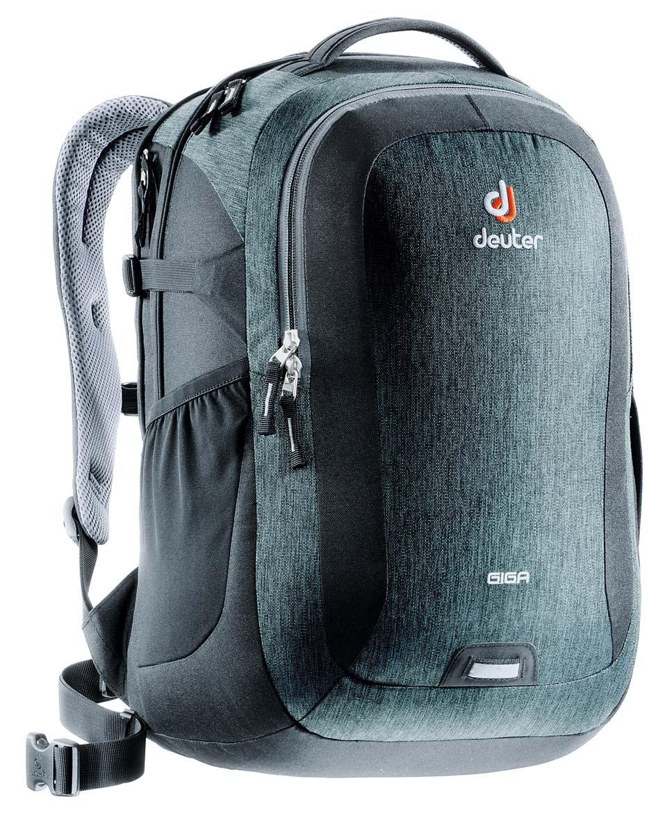 Рюкзак Deuter Daypacks Giga, цвет: черный, серый, 28 лZ90 blackDeuter Giga - король среди городских рюкзаков. Он был базовой моделью для всей коллекции Deuter Daypacks, начиная с его внедрения девять лет назад. Каждый сезон его цветовая гамма обновлялась - этот сезон не исключение. Теперь у него более просторное отделение для ноутбука, папок и других необходимых вещей. Это идеальный рюкзак для школы, университета или поездок по городу. Особенности: Система спинки Airstripes; Большое основное отделение, в которое помещаются папки для бумаг; Второе отделение для ноутбука 15,6 дюймов; Большой передний карман с органайзером; Съемный карабин для ключей; Дно имеет мягкую подкладку; Компрессионные стропы; Удобная ручка для переноски; Съемный поясной ремень; Эластичные сетчатые карманы; Петля для фонарика безопасности с отражателем. Размер рюкзака: 46 х 31 х 23 см.