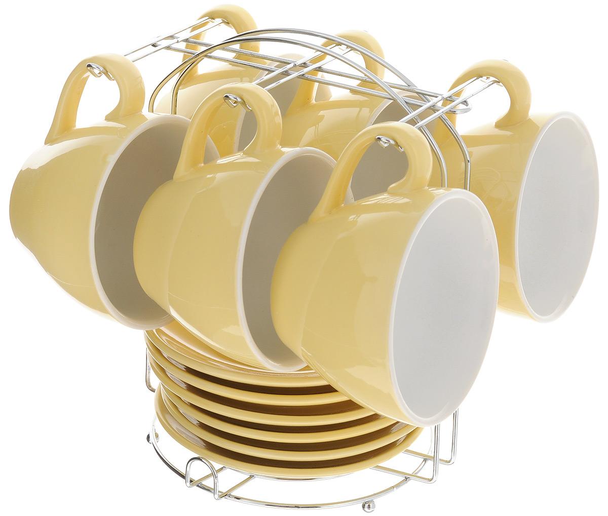 Набор чайный Loraine, на подставке, 13 предметов. 24862VT-1520(SR)Набор Loraine состоит из шести чашек и шести блюдец, изготовленных из высококачественной керамики. Для компактного хранения изделий предусмотрена металлическая подставка. Такой набор идеально подойдет для подачи чая или кофе.Лаконичный дизайн придется по вкусу и ценителям классики, и тем, кто предпочитает утонченность и изысканность. Он настроит на позитивный лад и подарит хорошее настроение с самого утра. Чайный набор Loraine станет отличным подаркомдля вашего дома и для ваших друзей в праздники.Можно использовать в микроволновой печи, также мыть в посудомоечной машине. Объем чашки: 250 мл. Диаметр чашки (по верхнему краю): 10 см. Высота чашки: 7 см. Диаметр блюдца: 13,7 см. Высота блюдца: 1,8 см.Размер подставки: 17 х 16 х 21 см.