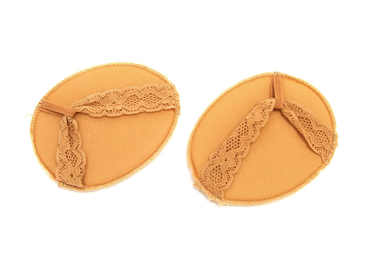 BRADEX Носочки мини с антискользящими подушечками МАЛЕ5010777139655Вам надоели натоптыши, мозоли и выскальзывающие из-под ног босоножки? Боитесь купить новую пару, с ужасом предвкушая период притирки?Всего этого Вам помогут избежать мини-носочки с антискользящими подушечками! Они препятствуют образованию мозолей и натоптышей, а специальные антискользящие вставки надежно фиксируют положение стопы в туфле. • Выбирайте из 3 видов дизайна: МАЛЕ, РИВЬЕРА и САМУИ. Благодаря различной форме, носочки отлично подойдут к любой обуви, будь то сланцы, балетки или босоножки с открытым мысом.• Они совсем не видны под обувью, хорошо тянутся и плотно облегают ногу.Позаботьтесь о красоте и комфорте Ваших ножек с мини-носочками!