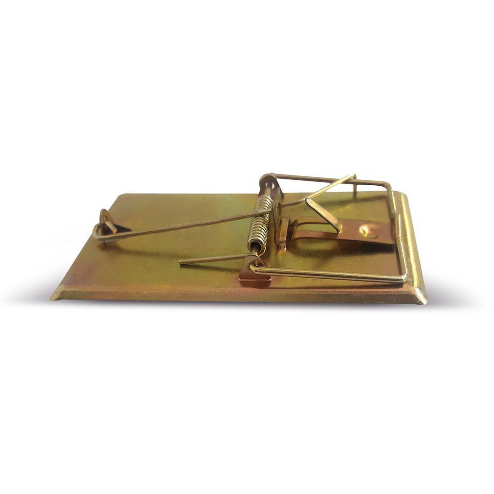 Мышеловка Mr.Mouse. СЗ.040019BH-SI0439-WWMr.Mouse металлическая мышеловка 9.5х4.7см используется для отлова мелких грызунов в жилых и нежилых помещениях, на прилегающих к ним территориях, в подвалах и погребах. Мышеловка высокоэффективна, гигиенична, легко приводится в состояние готовности и может быть использована в любых местах. Мышеловка имеет цельнометаллическое основание, что гарантирует длительный срок ее эксплуатации, а также исключает сохранение запахов на его поверхности. Высокую эффективность работы мышеловки Mr.Mouse обеспечивает надежный механизм высокой чувствительности.Способы применения Положите в ловушки приманку и установите мышеловку на ровной поверхности приманкой к стене Павшего грызуна легко удалить из ловушки: не прикасаясь к грызуну, ослабьте двумя пальцами зажим. После удаления погибшего грызуна промойте ловушку под струей воды и просушите. Вложите в мышеловку свежую приманку, и ловушка вновь готова к применению.Рекомендуемые приманки: сыр, хлеб, шоколад, изюм. Меняйте расположение расставленных ловушек, так как грызуны запоминают место опасности.