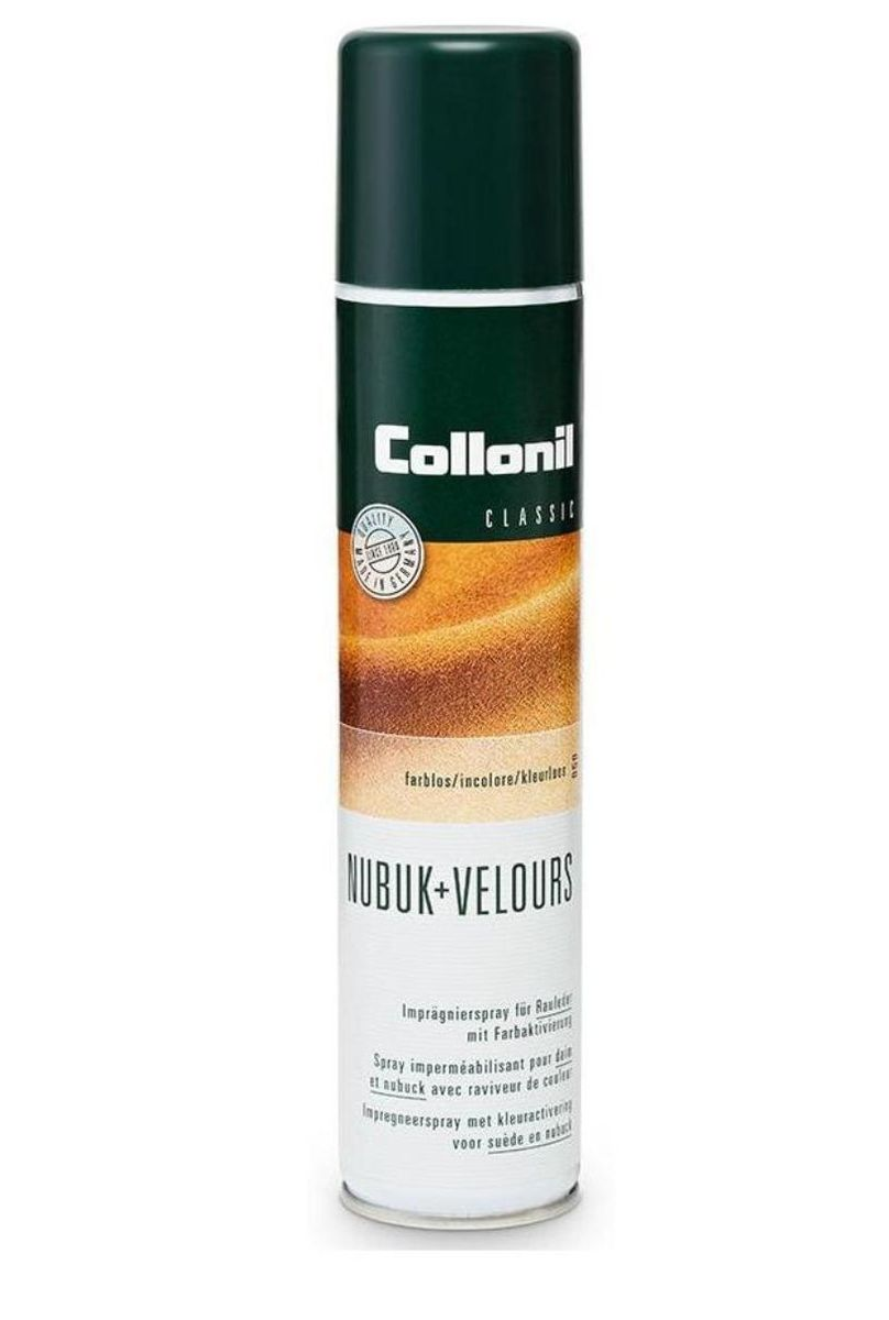 Спрей для обуви Collonil Nubuk+Velours, для замши, велюра, нубука, цвет: темно-синий (546), 200 млSS 4041Спрей Collonil Nubuk+Velours на основе фтора предназначен для ухода и защиты изделий из замши, велюра, нубука, текстиля и мембран. Обеспечивает длительную защиту от влаги, грязи и жира. Сохраняет воздухопроницаемость и качество материала. Обновляет цвет.