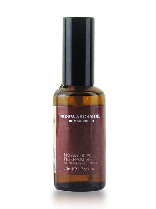 Morocco Argan Oil Масло арганы для волос 50 мл NuspaFS-00897Активные ингредиенты и их эффект:Масло арганы это натуральный растительный компонент, созданный природой для Вашей красоты. После использования этого жидкого золота волосы сияют изнутри, они гораздо лучше защищены от негативных факторов внешнего мира, получают максимум питания и увлажнения.Масло семян льна усиливает и дополняет действие масла арганы. Благодаря богатому составу оно замедляет выпадение волос, предотвращает образование перхоти, нормализует работу сальных желез. Льняное масло отлично питает увлажняет волосы, делает из послушными и гладкими.