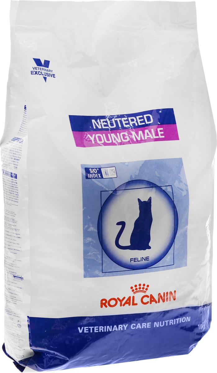 Корм сухой Royal Canin Yong Male, для кастрированных котов до 7 лет, 10 кг0120710Корм для кастрированных котов Показания:Для кастрированных котов с момента операции до 7 лет.Оптимальный вес: Обогащенная белками формула способствует лучшему поддержанию мышечного тонуса по сравнению с обычным режимом питания, повышению вкусовых качеств корма. При одном и том же уровне метаболизма белки дают на 30% меньше чистой энергии, чем углеводы. L-карнитин улучшает транспорт жирных кислот в митохондрии.Умеренное содержание крахмала: Умеренно пониженный уровень крахмала и, соответственно, энергии позволяет не набирать лишний вес и уменьшает риск развития диабета.S/O Index: Знак S/O Index на упаковке означает, что диета предназначена для создания в мочевыделительной системе среды, неблагоприятной для образования струвитных кристаллов и кристаллов оксалата кальция.Полезная информация:Количество потребляемого корма у котов и кошек начинает расти уже в первые 48 часов после кастрации, что в дальнейшем может привести к ожирению.