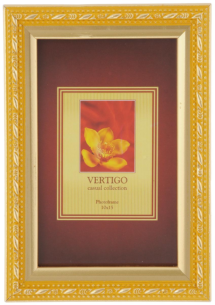 Фоторамка Vertigo Molise, цвет: золотистый, желтый, 10 х 15 смБрелок для ключейФоторамка Vertigo Molise выполнена в классическом стиле из натурального дерева и стекла, защищающего фотографию. Оборотная сторона рамки оснащена специальной ножкой, благодаря которой ее можно поставить на стол или любое другое место в доме или офисе. Также изделие снабжено специальными петлями для подвешивания на стену. Такая фоторамка поможет вам оригинально и стильно дополнить интерьер помещения, а также позволит сохранить память о дорогих вам людях и интересных событиях вашей жизни.